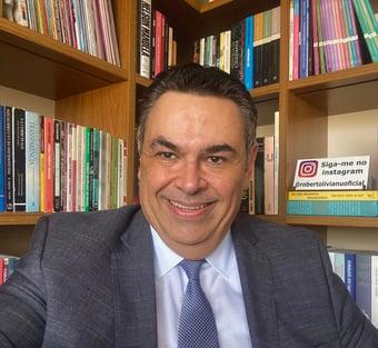 IMAGEM: Roberto Livianu: se passar pelo Congresso, PEC da Vingança 'não resistirá' ao STF