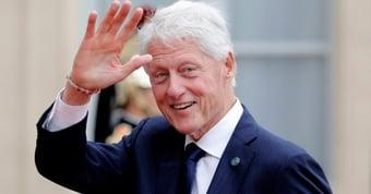 IMAGEM: Bill Clinton recebe alta