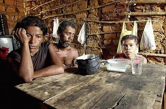 IMAGEM: Quase 20 milhões passam fome no país, diz estudo