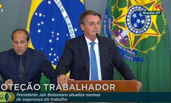 """IMAGEM: Bolsonaro: """"Fake news é contrariar o G7 da CPI"""""""
