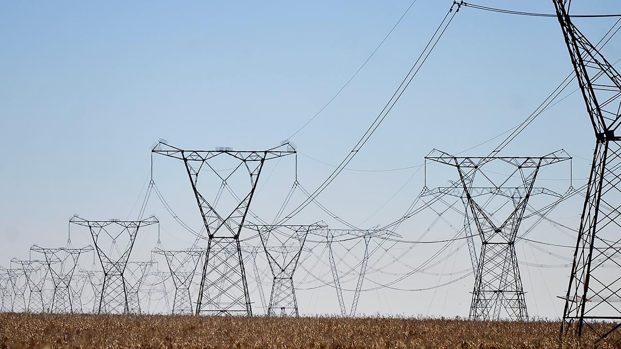"""IMAGEM: """"Perdemos a chance de discutir a melhor forma de privatizar a Eletrobras"""", diz Elena Landau"""