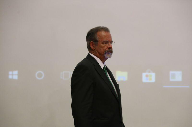"""IMAGEM: Jungmann: """"Nenhum presidente tem poderes para decretar estado de sítio"""""""