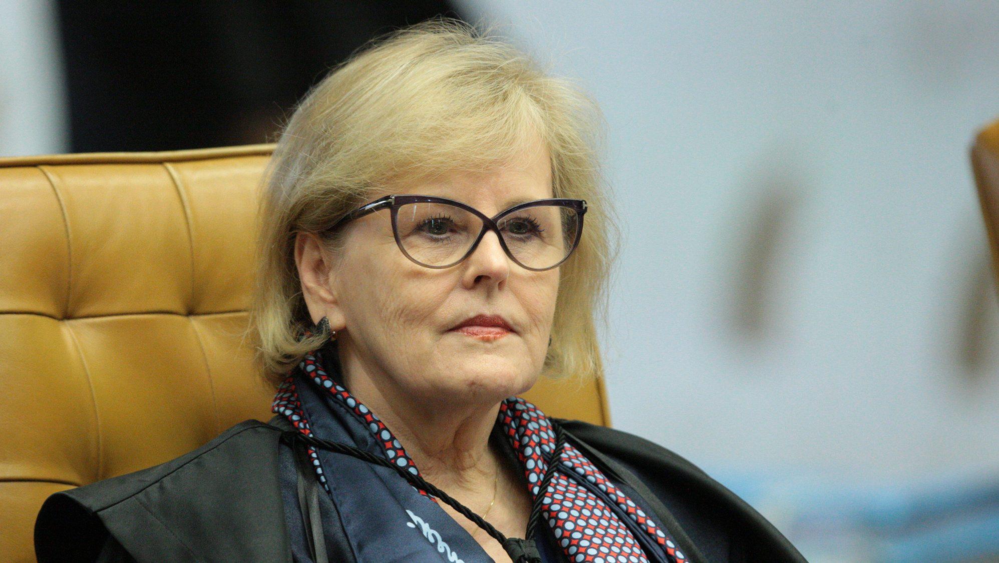 IMAGEM: Rosa Weber rouba a cena soltando Lula