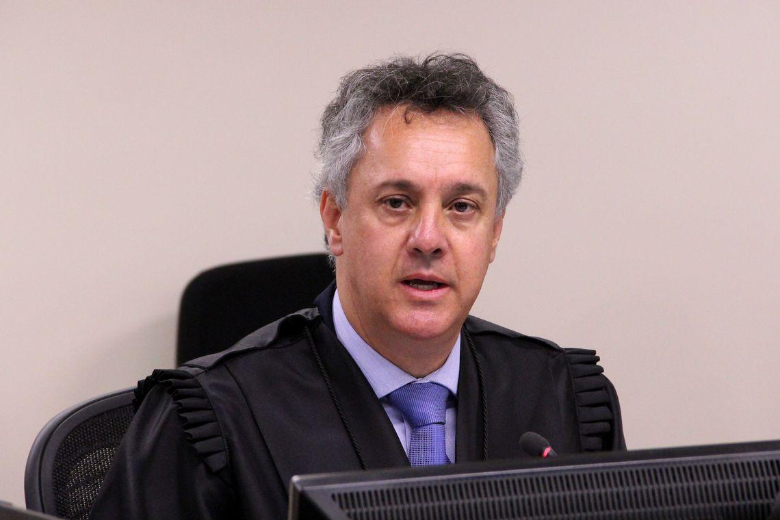 IMAGEM: TRF-4 nega enviar processo contra Gim Argello para a Justiça Eleitoral