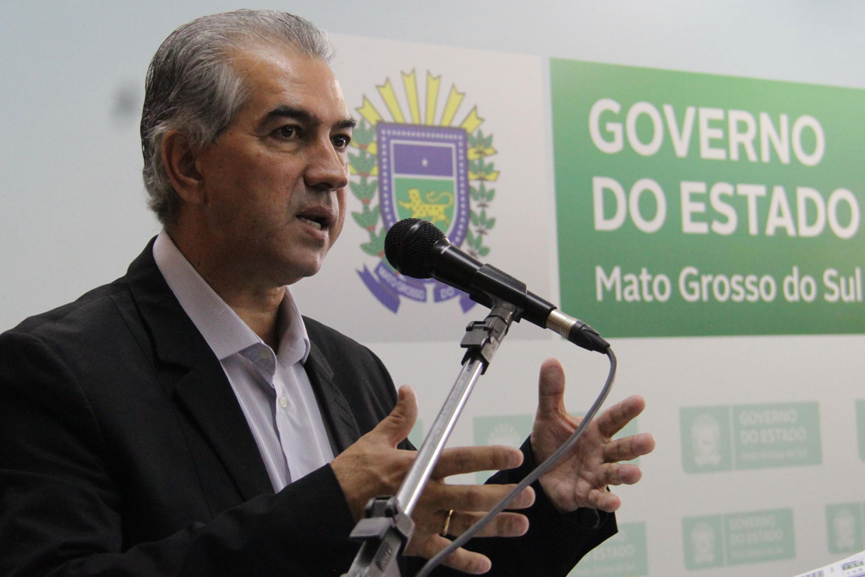 IMAGEM: PGR denuncia Reinaldo Azambuja por corrupção