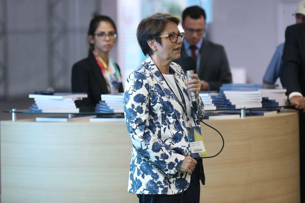 IMAGEM: Bolsonaro vai receber individualmente embaixadores árabes