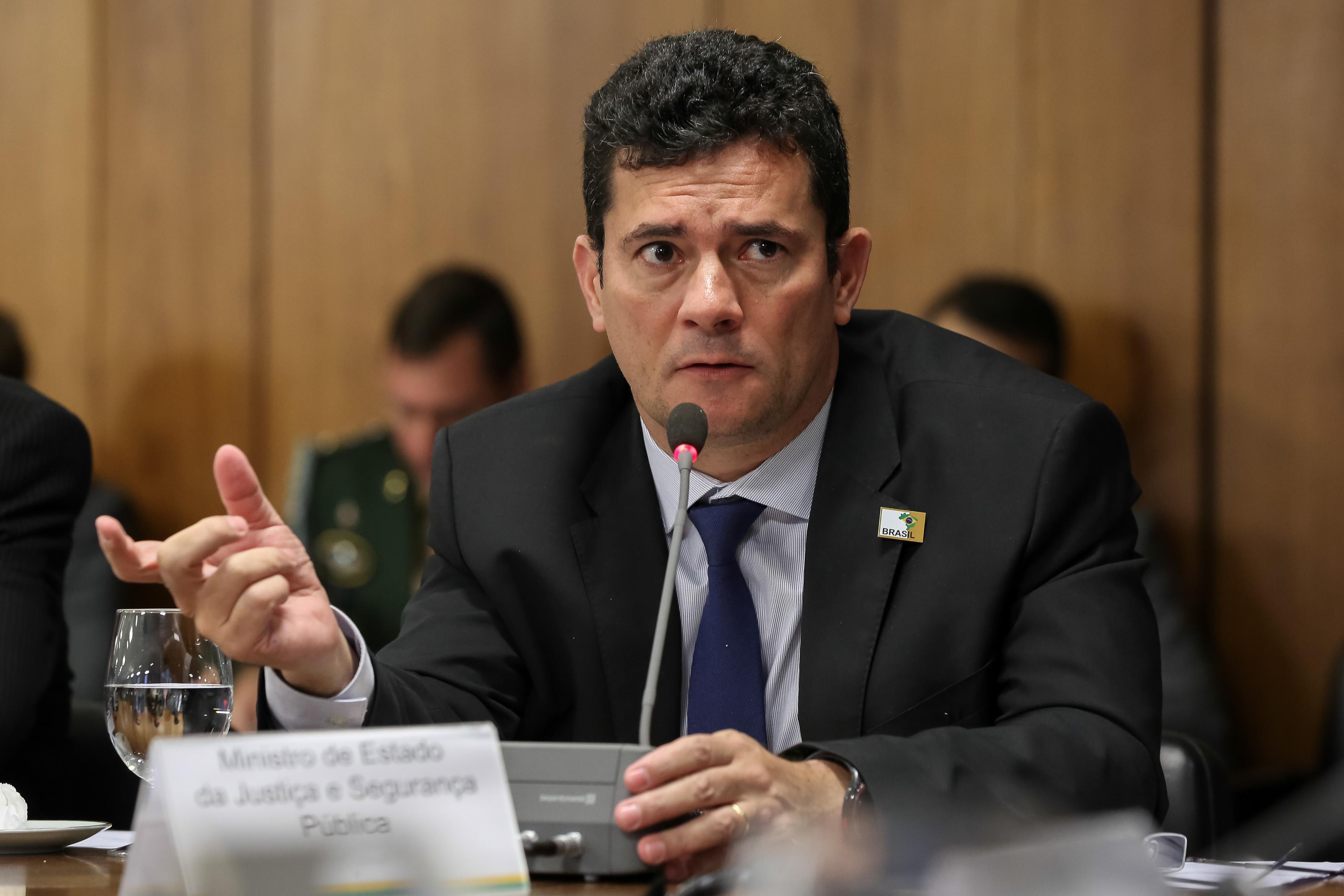 IMAGEM: Moro 'sentiu o termômetro' da Câmara, diz deputado