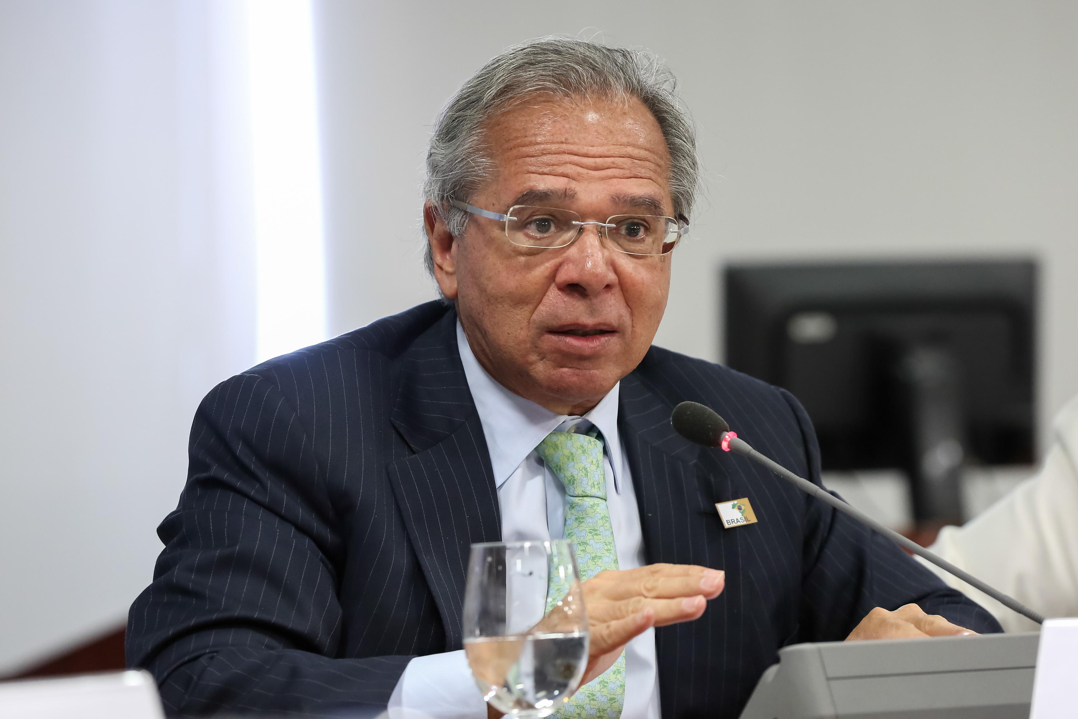 IMAGEM: Guedes diz que, sem reformas, não dá para atacar coronavírus