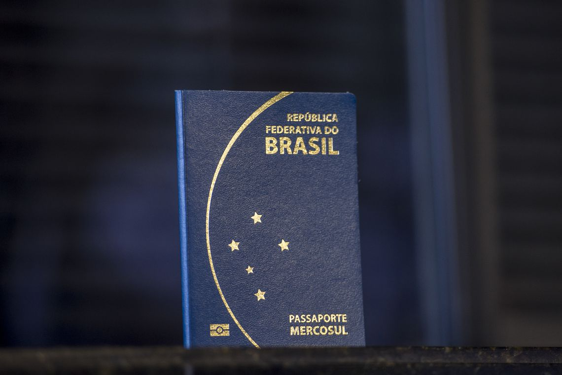 IMAGEM: Brasil deixará de adotar passaporte com símbolo do Mercosul