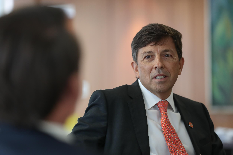 IMAGEM: Em meio a disputa interna, Novo agenda reunião para encerrar seleção de pré-candidatos