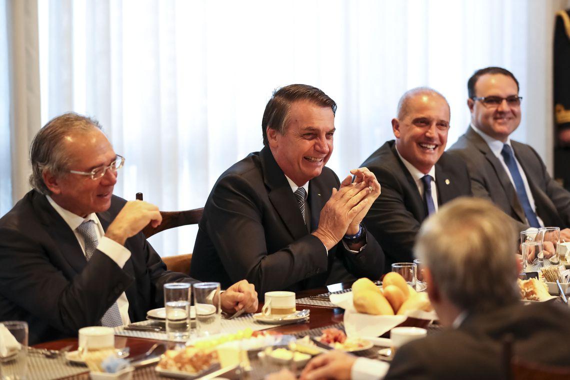 IMAGEM: Bolsonaro anuncia fim das reuniões do Conselho de Governo