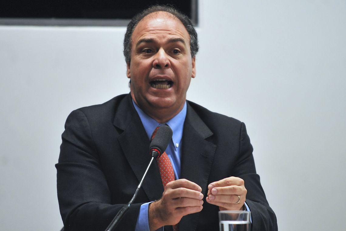 IMAGEM: Fernando Bezerra recebeu R$ 5,5 mi em propina, diz PF