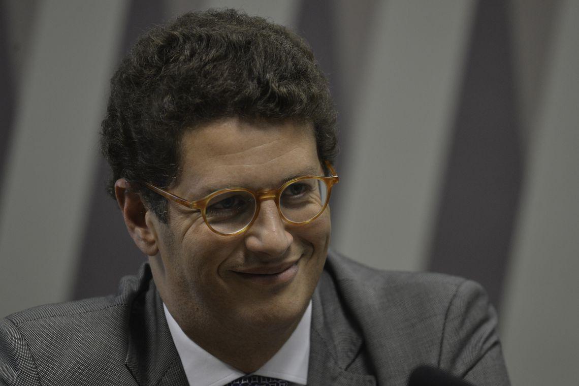 IMAGEM: Maioria no STF rejeita queixa-crime do Greenpeace contra Ricardo Salles