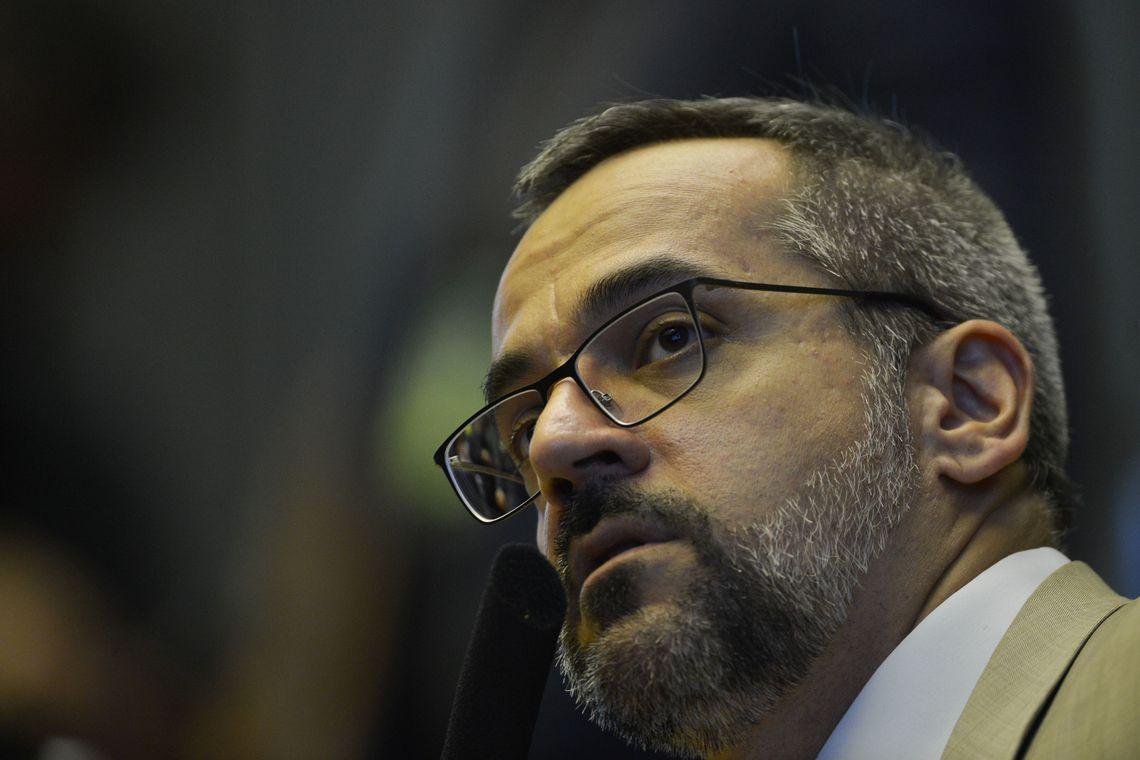 IMAGEM: Weintraub vai ao Senado na próxima terça-feira