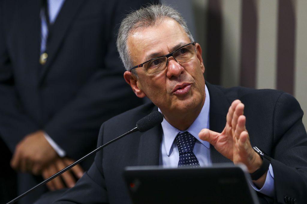 IMAGEM: Ministro de Minas e Energia discute mercado de petróleo no G20