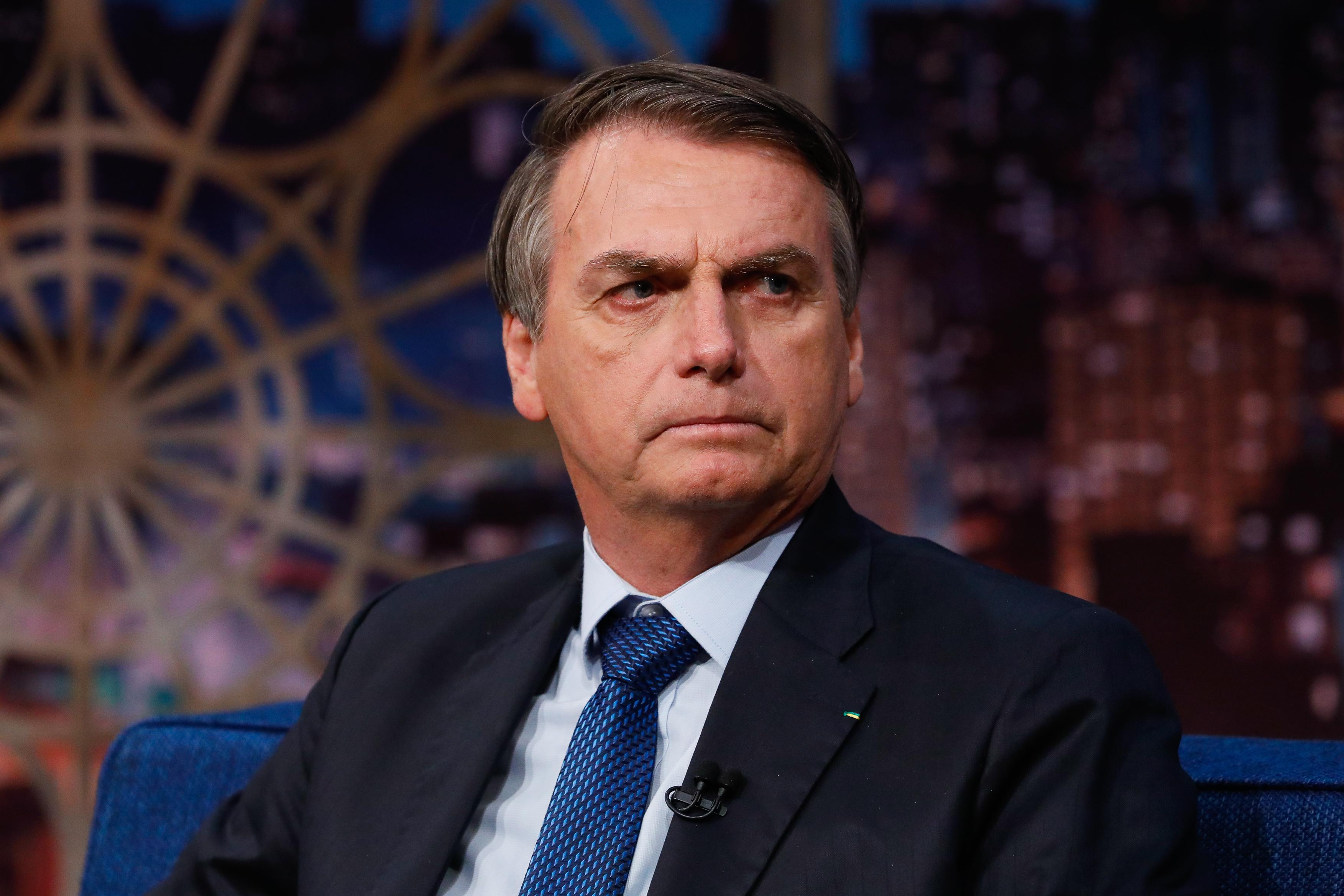 IMAGEM: Amigo de Bolsonaro ganha salário de R$ 55 mil na Petrobras