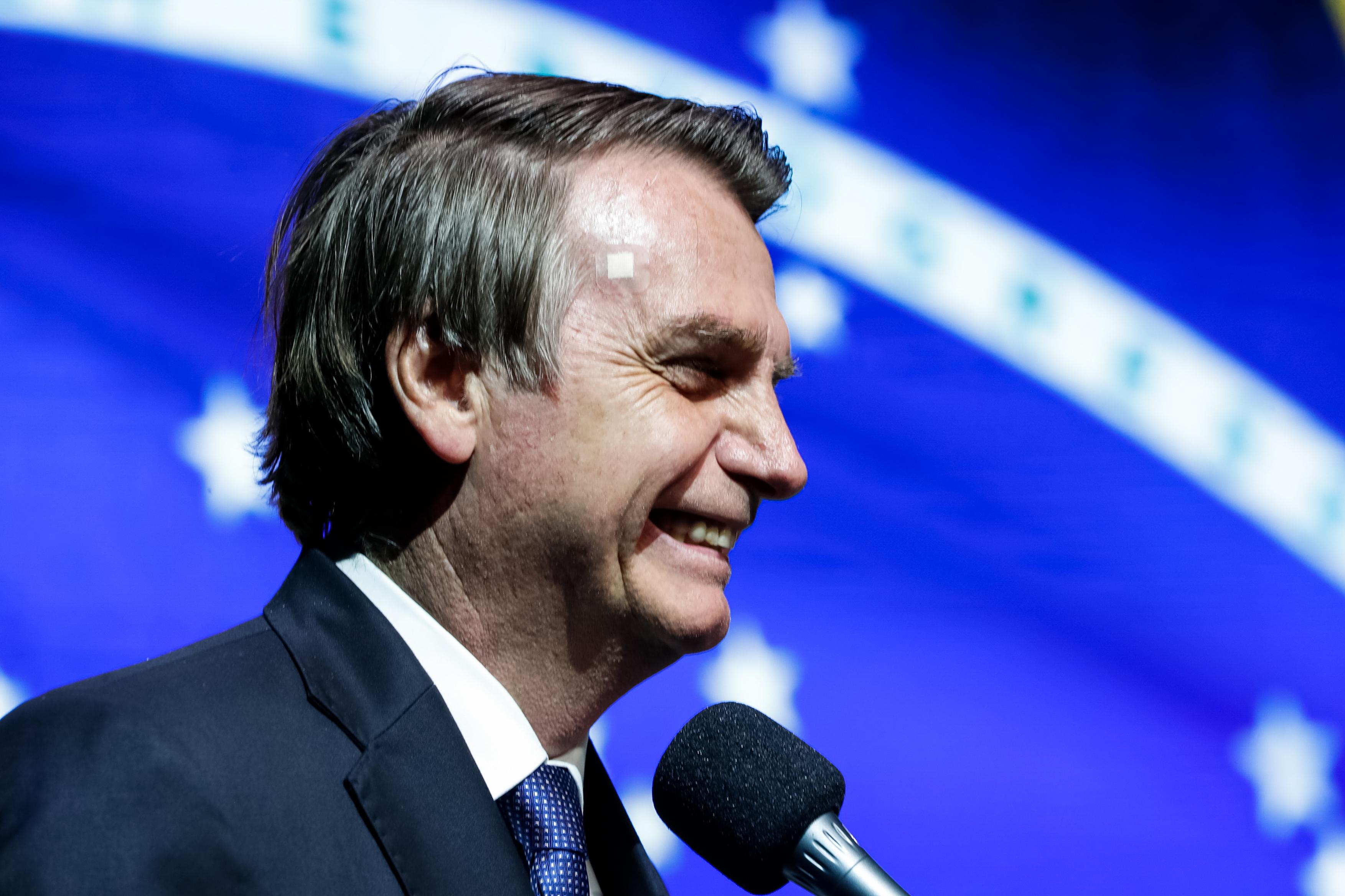 IMAGEM: Bolsonaro diz que vai recorrer da absolvição de Adélio