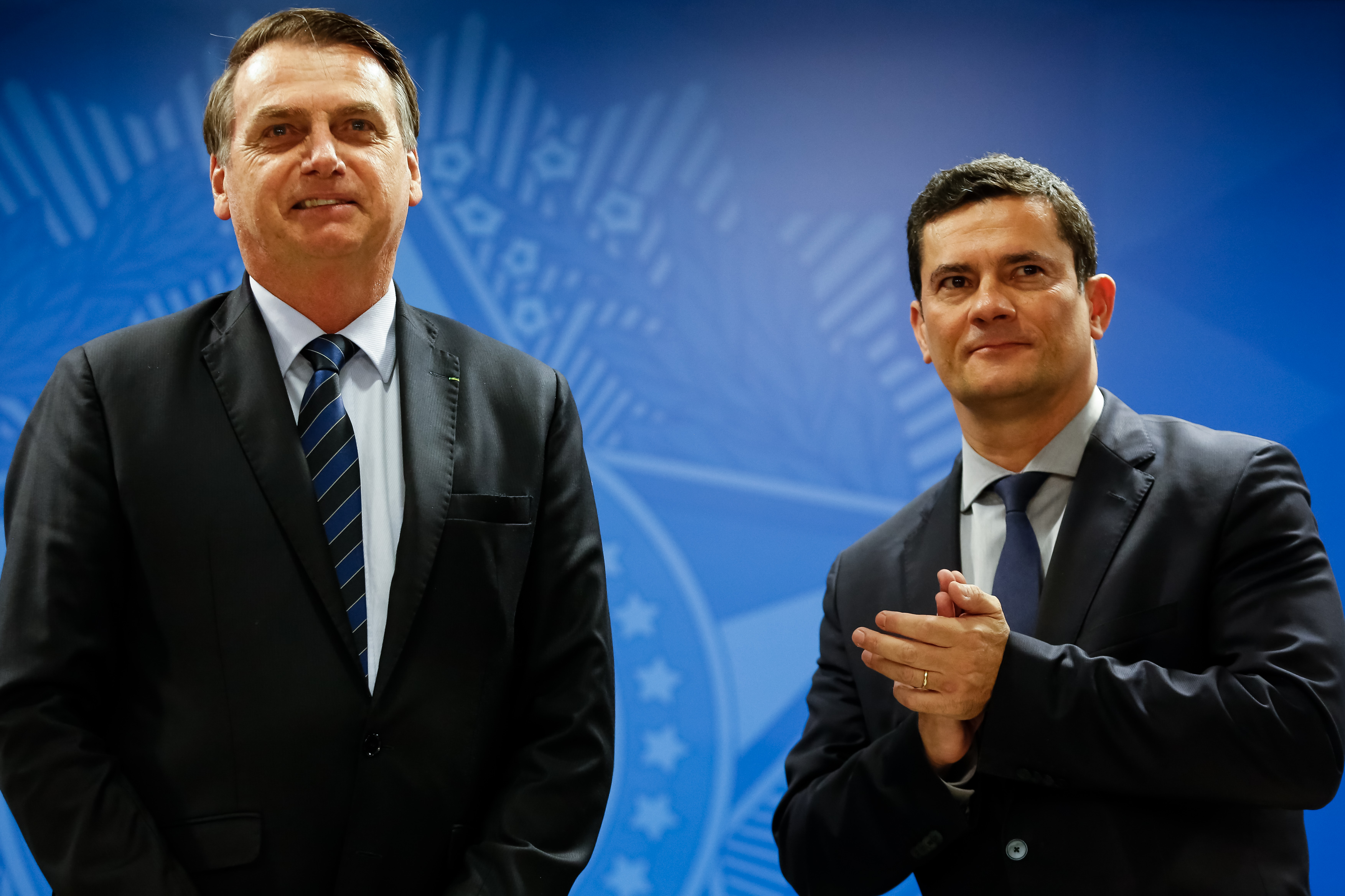 IMAGEM: Bolsonaro elogia projeto-piloto de Moro