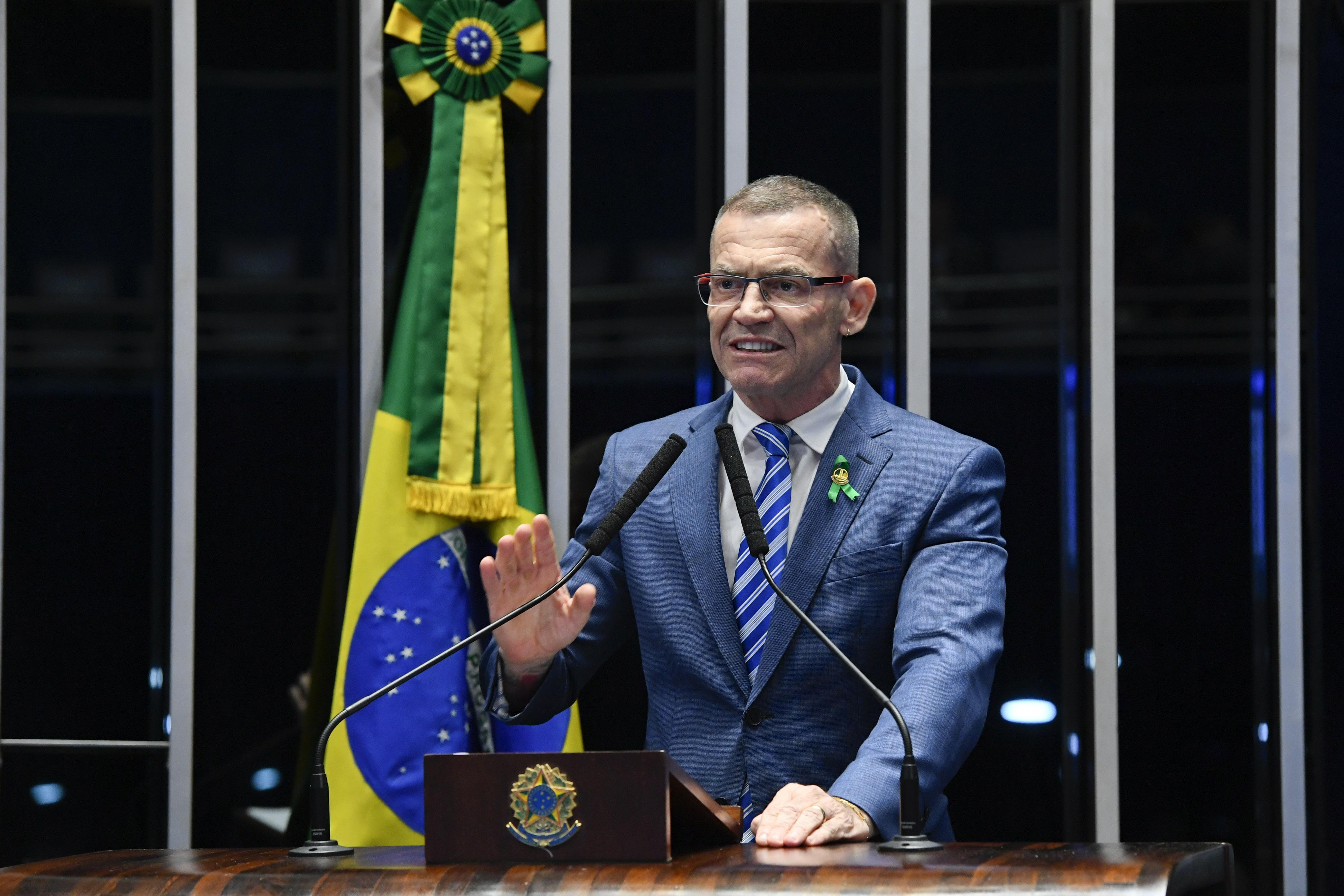 """IMAGEM: """"Foi ele, Bolsonaro, o capitão da manobra que enterrou a CPI da Lava Toga"""""""