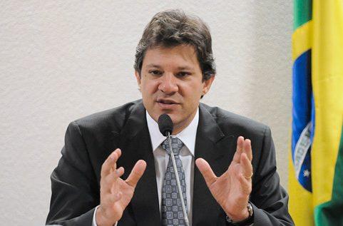 IMAGEM: Haddad defende pivô da crise entre Bolsonaro e Levy