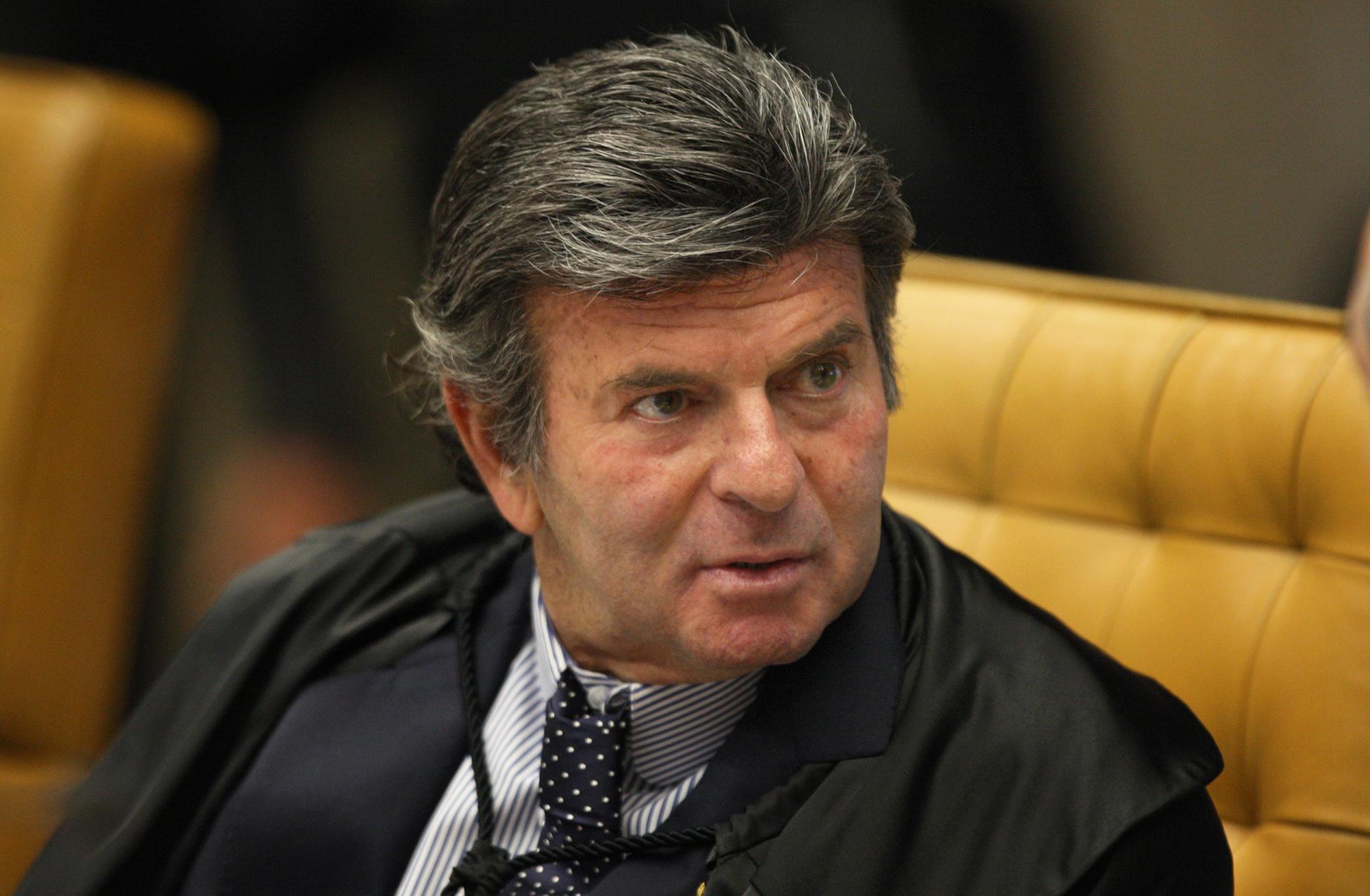 IMAGEM: Fux fez a coisa certa; Barroso também fez