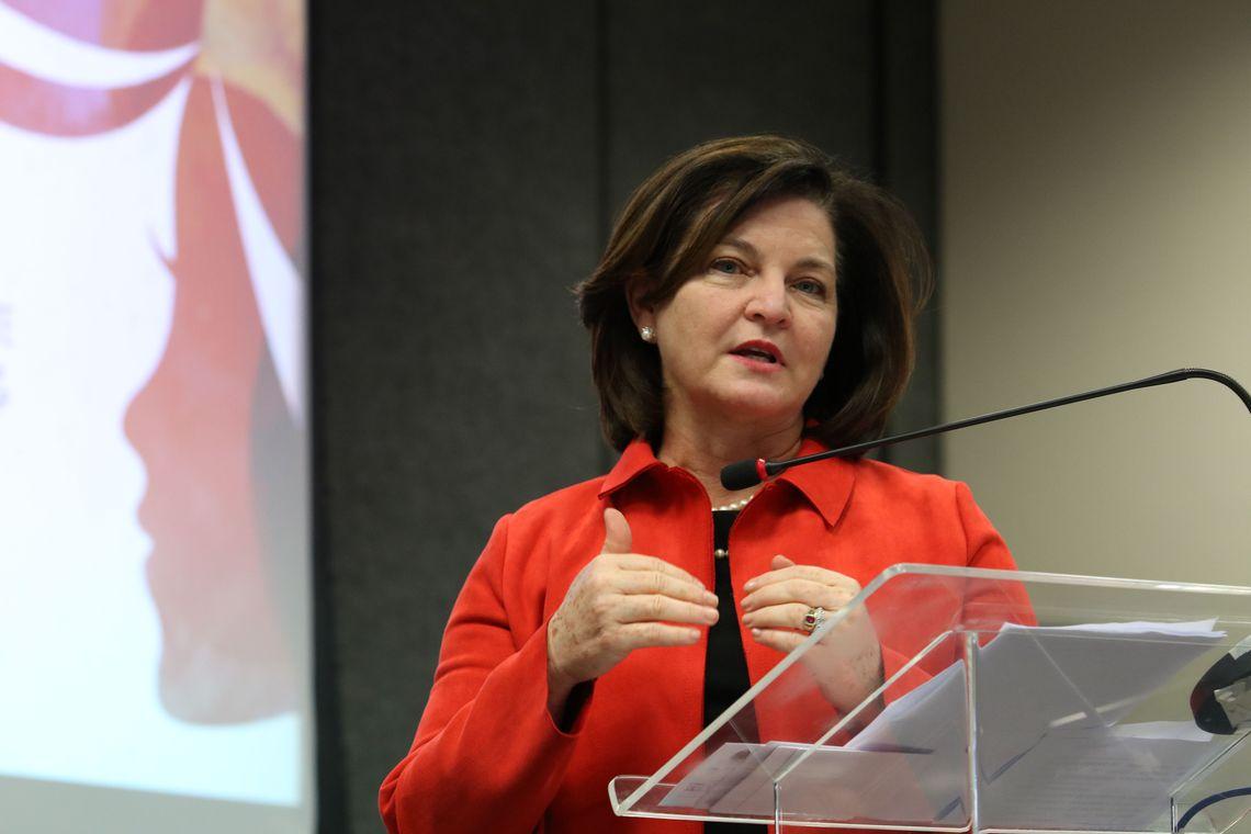 IMAGEM: 'Bancada da bala' defende que Bolsonaro escolha PGR da lista tríplice