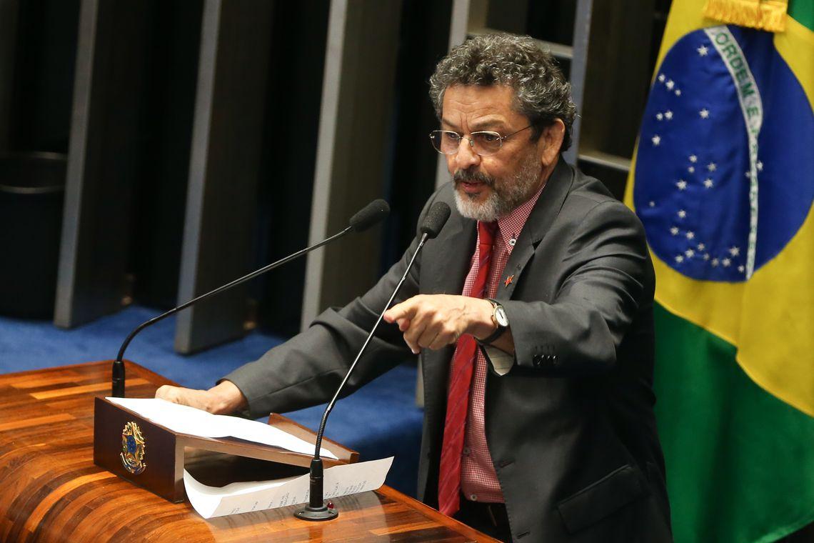 IMAGEM: As duas Amarok alugadas de Paulo Rocha