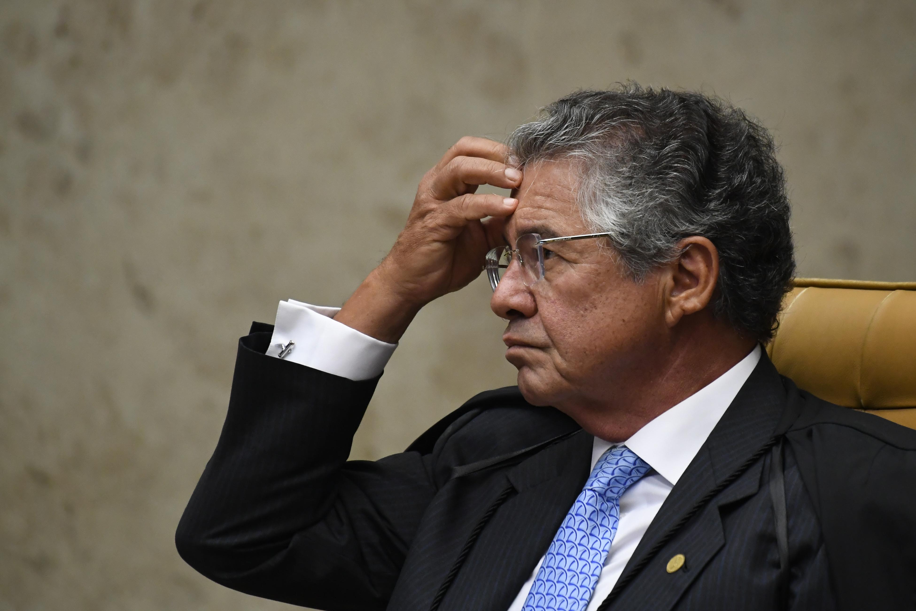"""IMAGEM: """"Mais um desgaste para o poder central"""", diz Marco Aurélio sobre decreto de Bolsonaro"""