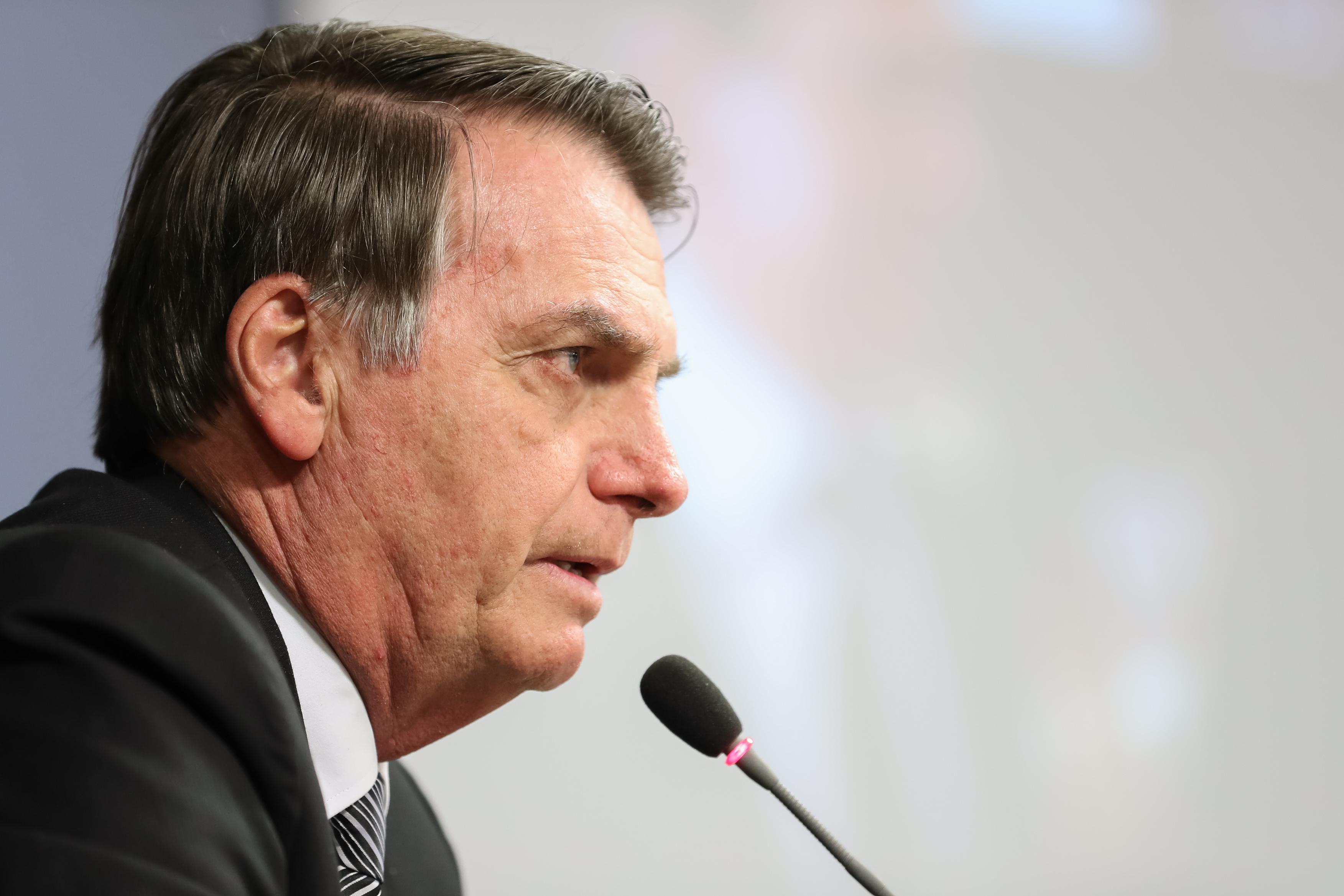 """IMAGEM: Bolsonaro fala em """"união"""" com Congresso por Previdência: """"É a chave do sucesso"""""""