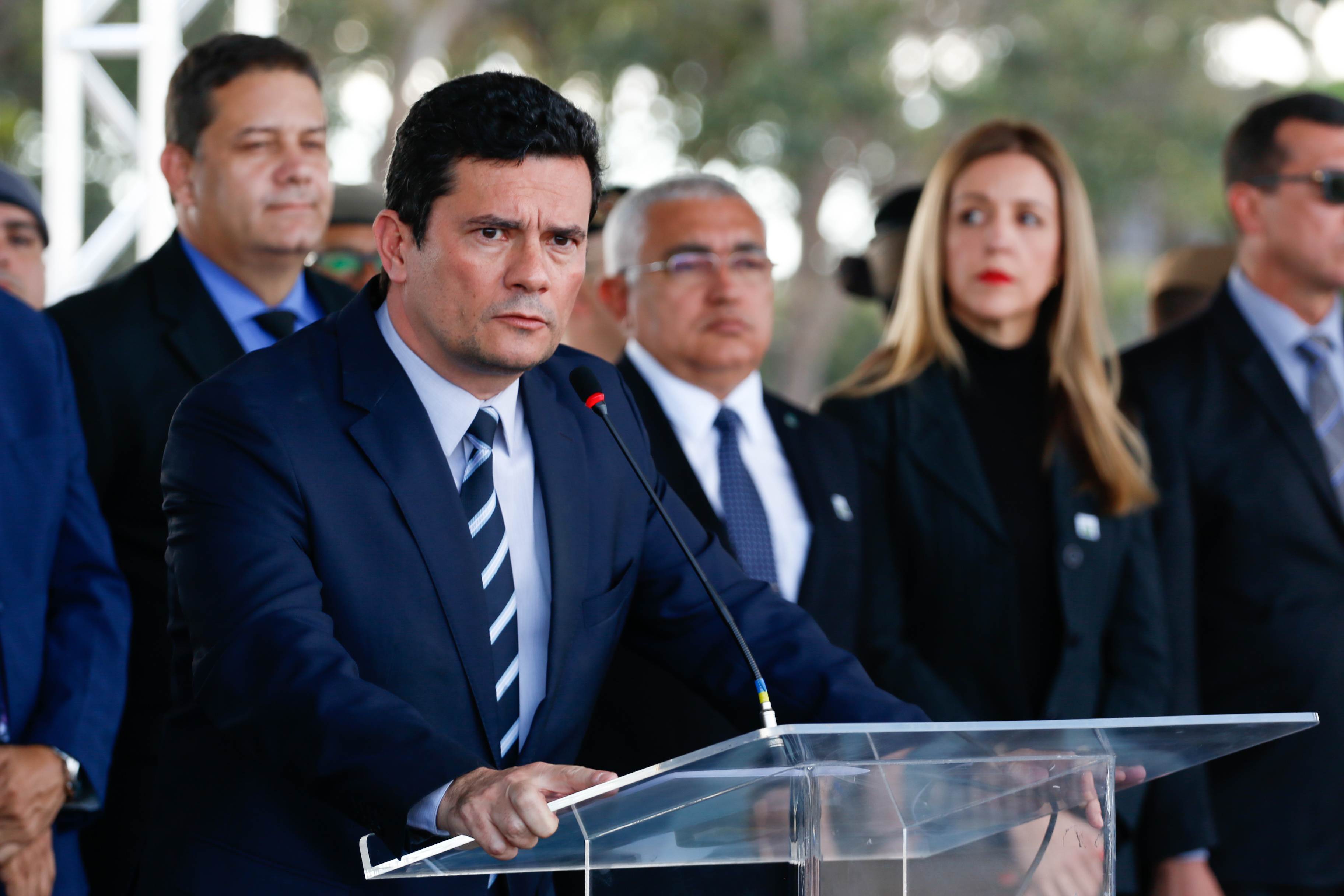 IMAGEM: Textos redigitados de mensagens são 'impericiáveis', diz Molina