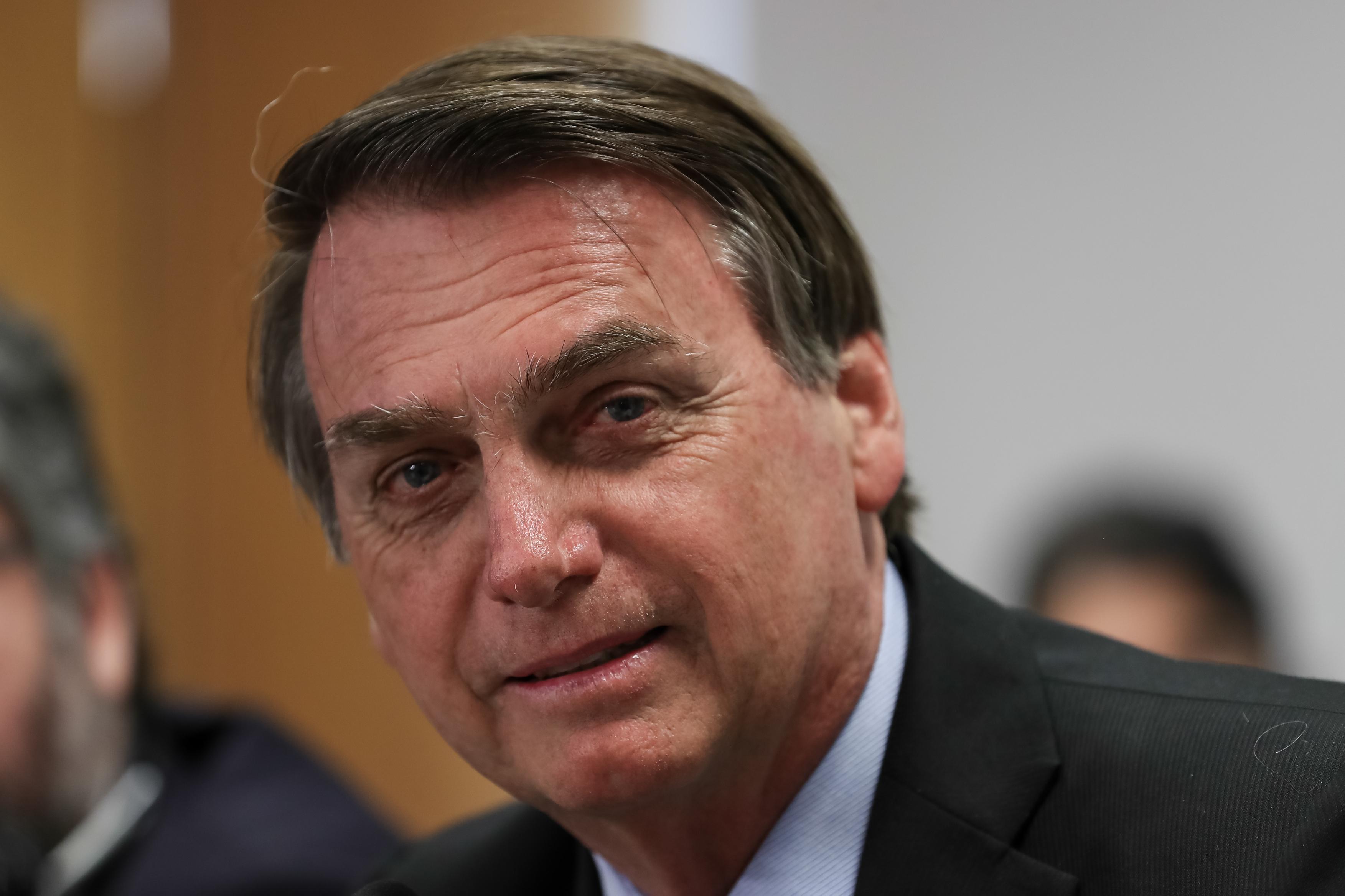 IMAGEM: Decisão sobre saque do FGTS sai na semana que vem, diz Bolsonaro