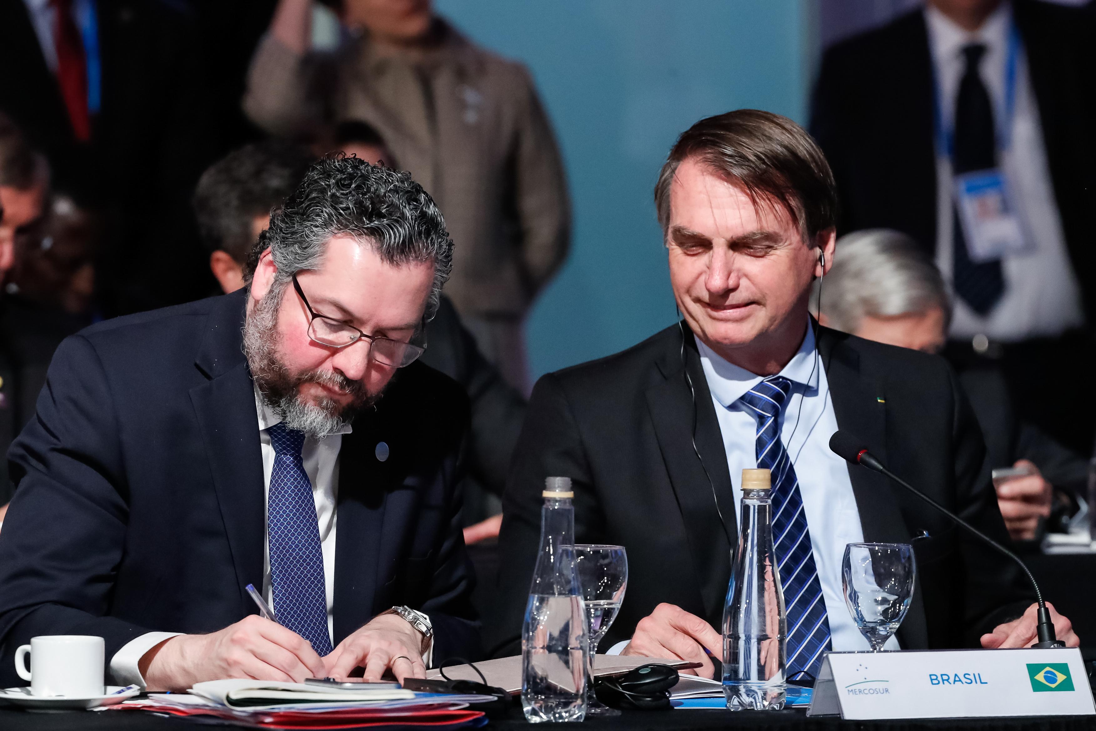 """IMAGEM: """"Expectativa é que Venezuela retome o caminho da liberdade"""", diz Bolsonaro na Cúpula do Mercosul"""