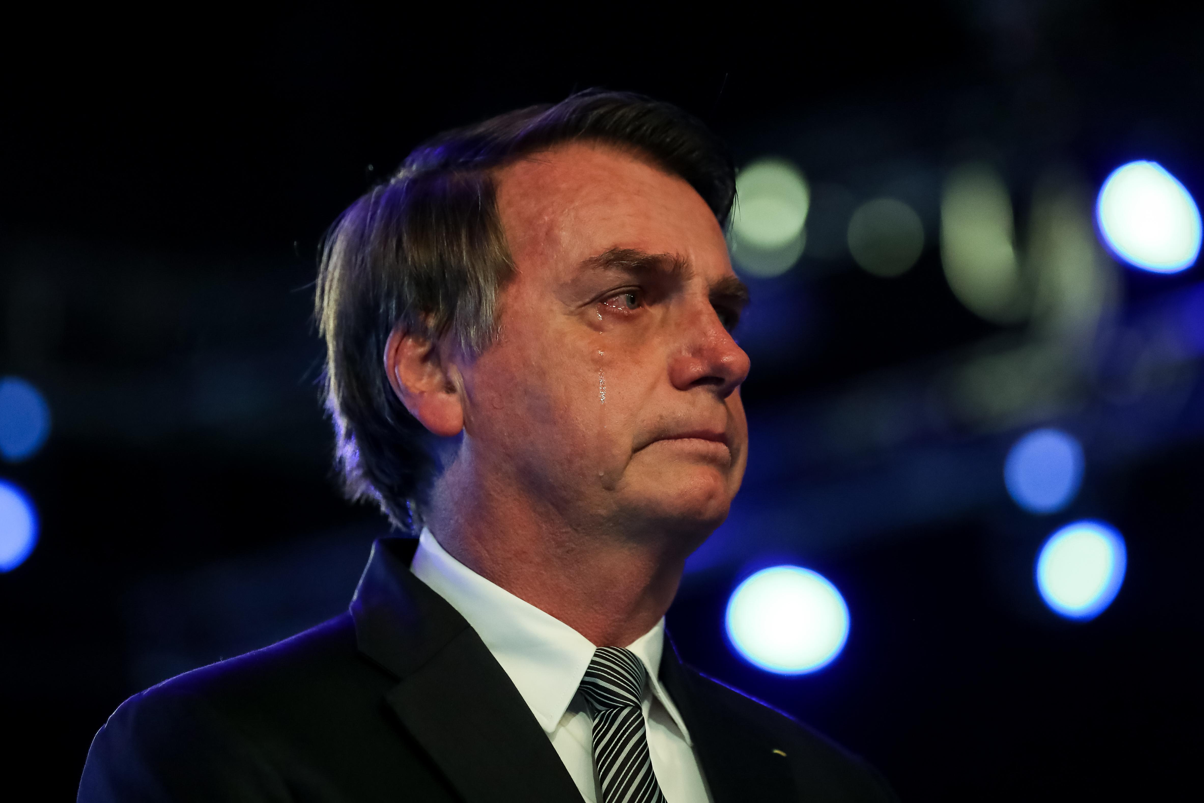 """IMAGEM: """"Mudou o presidente"""", diz Bolsonaro sobre trocas em comissão"""