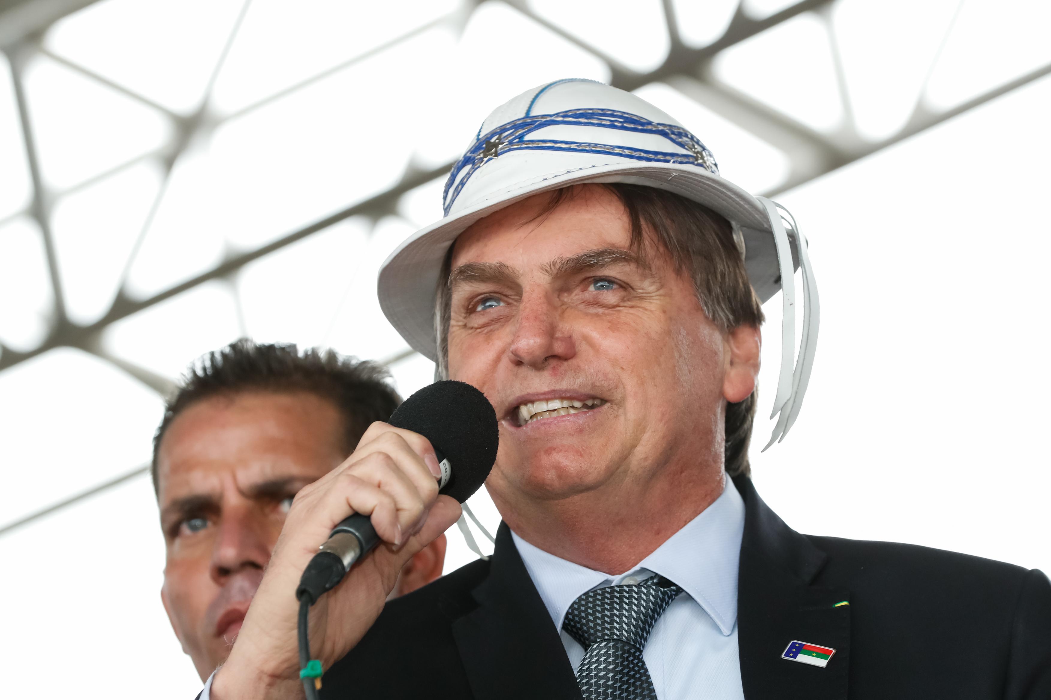 IMAGEM: Bolsonaro e Amado Batista
