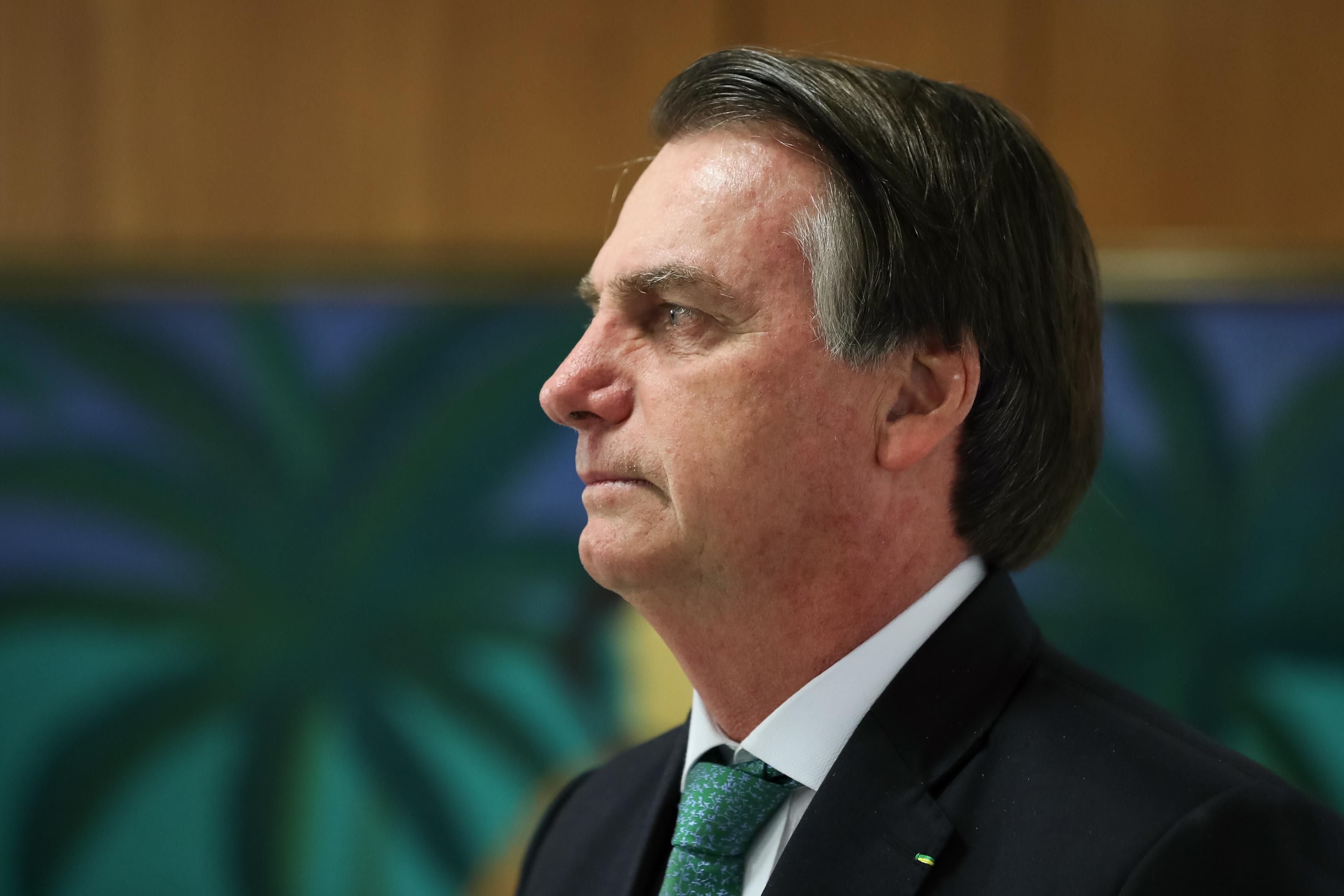 """IMAGEM: Bolsonaro: """"Não tem nenhum indício forte que esse índio foi assassinado lá"""""""