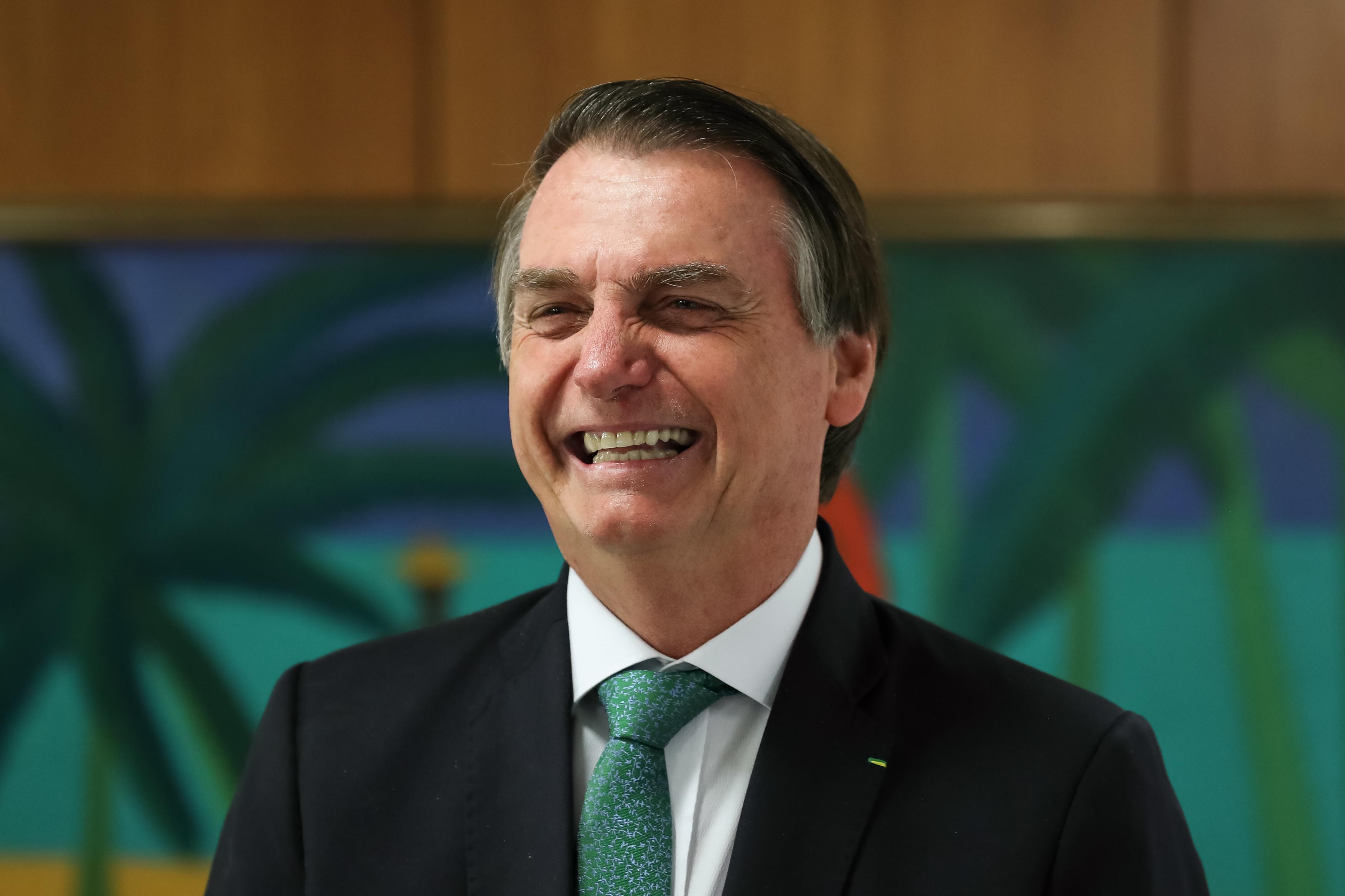 IMAGEM: Bolsonaro quer ir a 'posse' de imperador do Japão