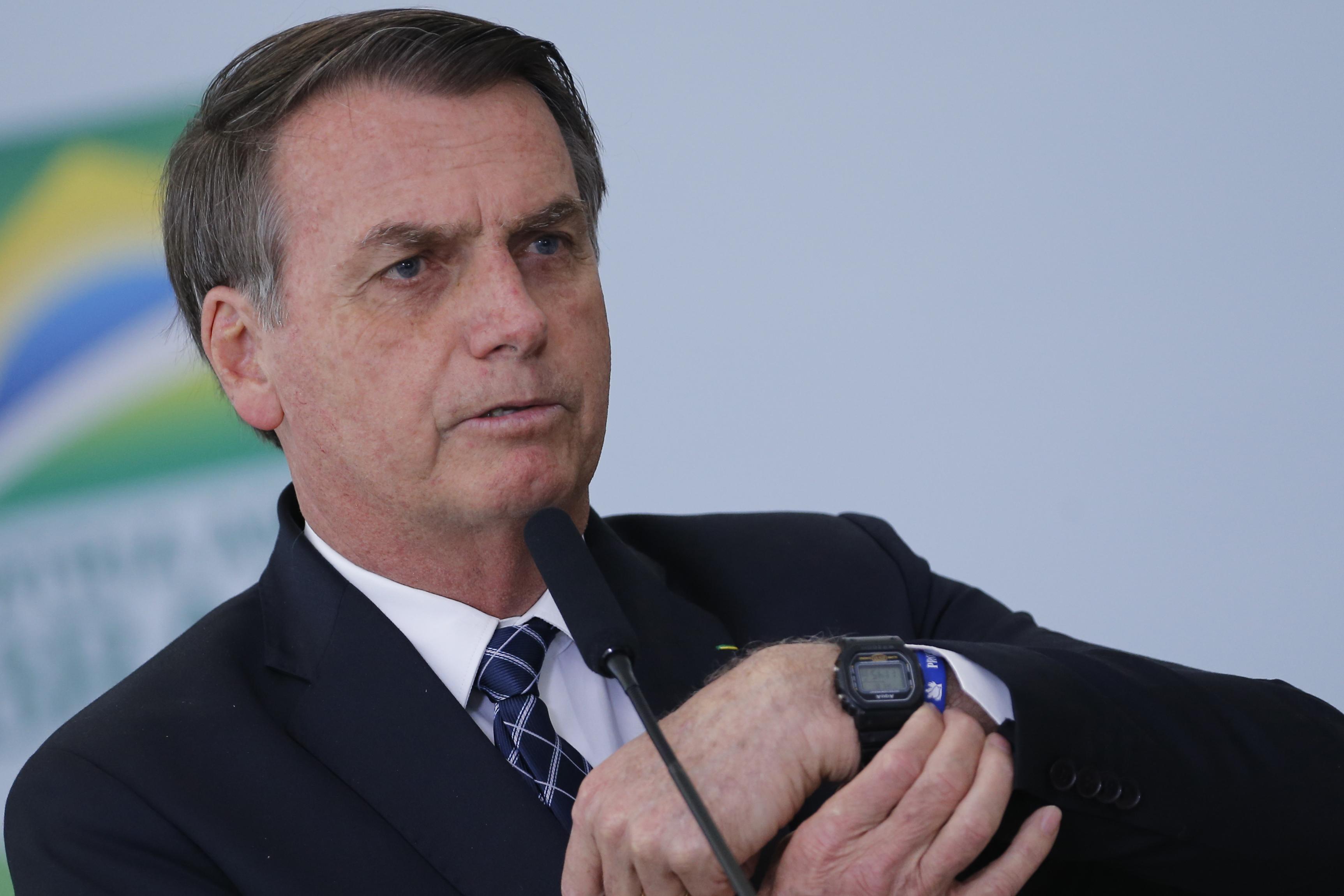 "IMAGEM: Ustra foi ""herói nacional"", diz Bolsonaro"