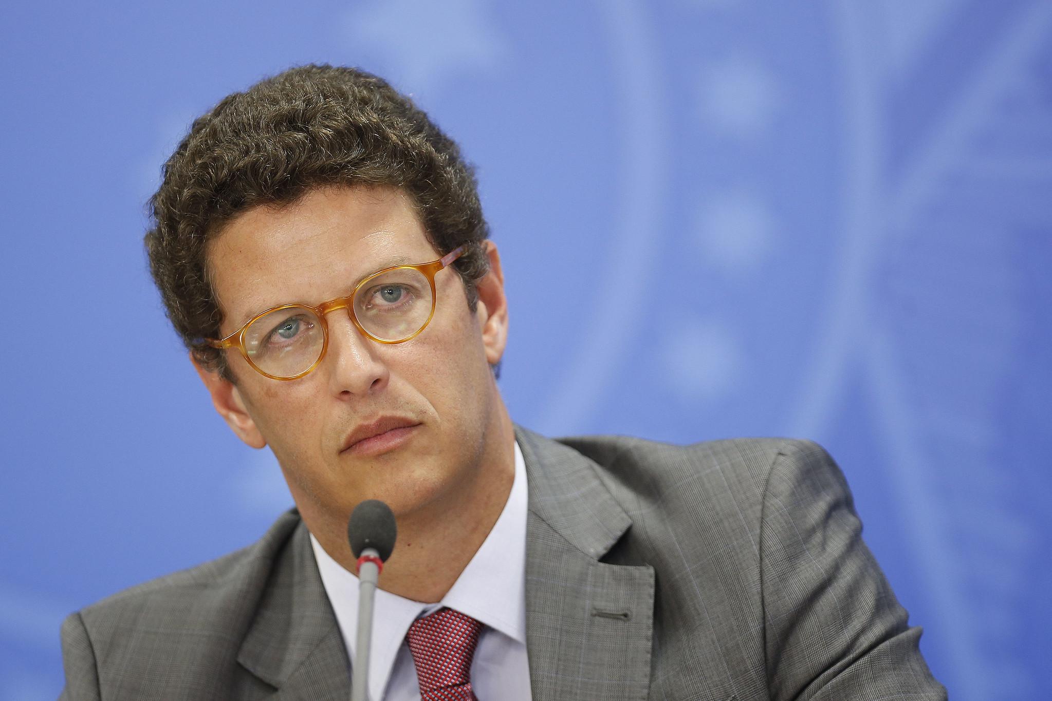 IMAGEM: Timberland, Vans e outras 16 marcas suspendem compra de couro brasileiro