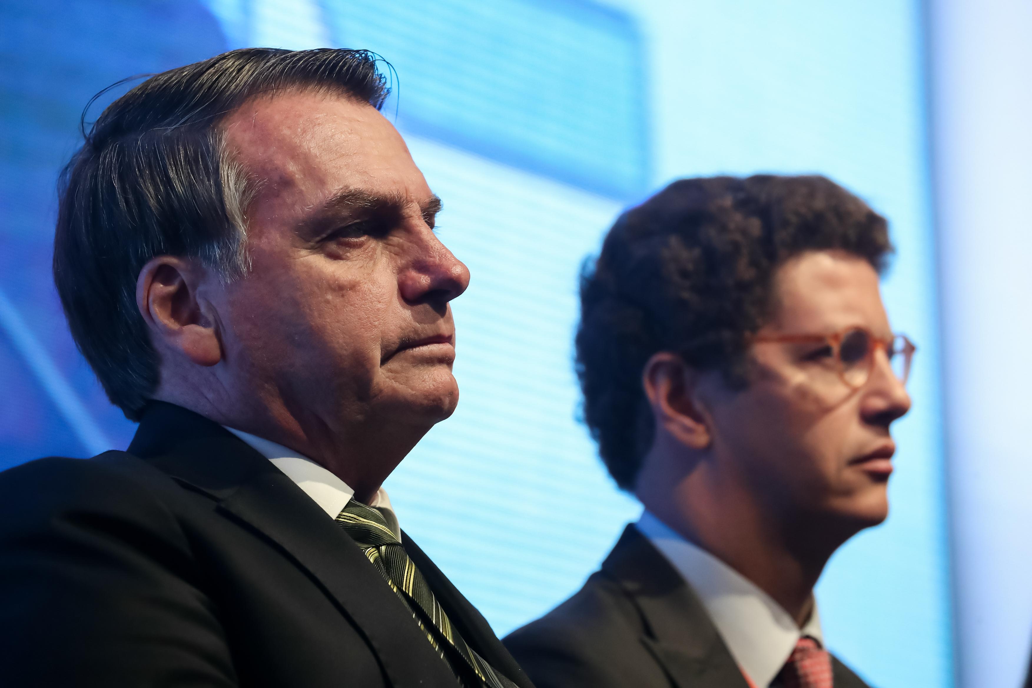 IMAGEM: Bolsonaro critica a saída de Nardoni no Dia dos Pais