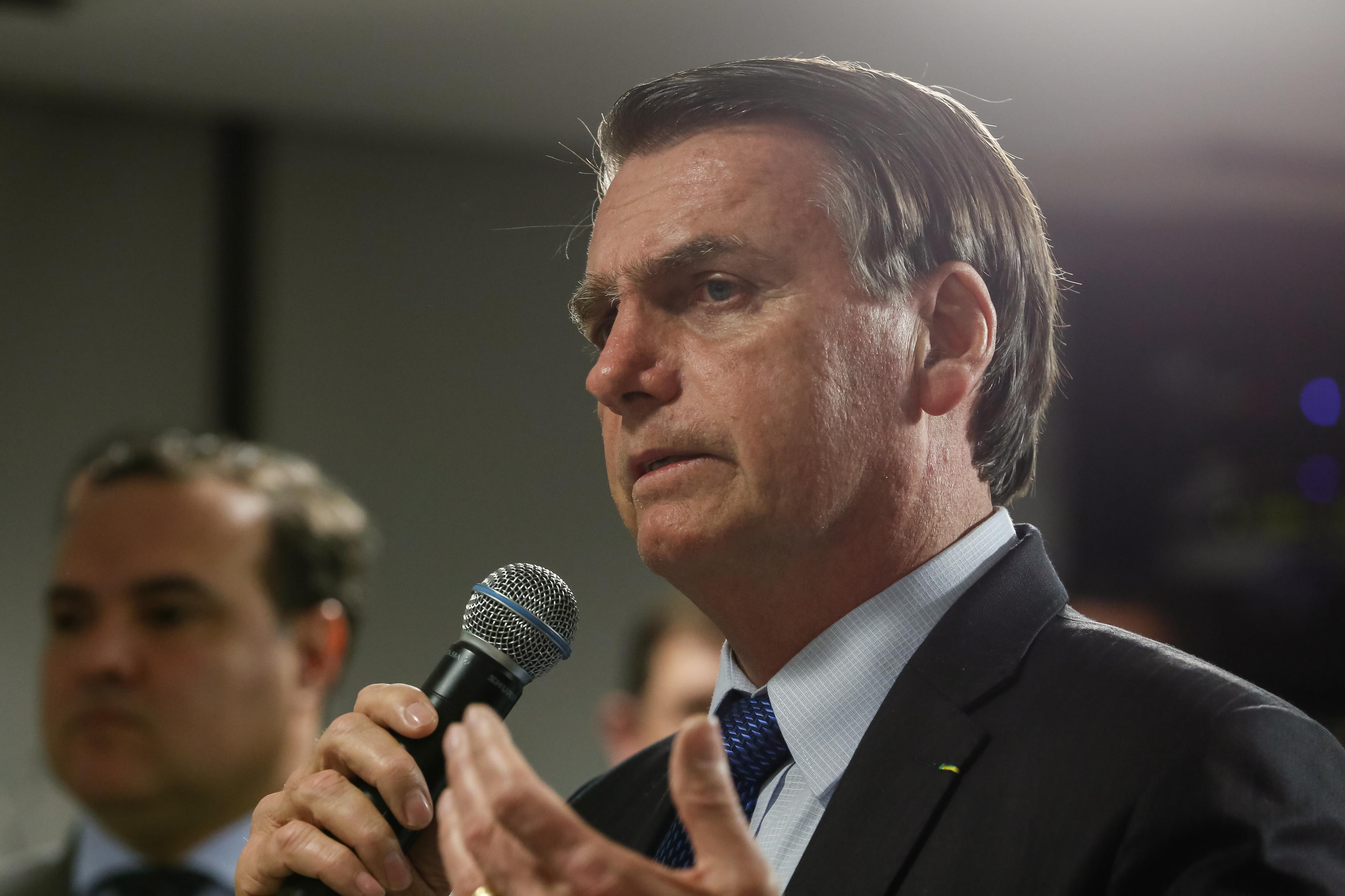 IMAGEM: Bolsonaro volta a dizer que não fará demarcação de terras indígenas