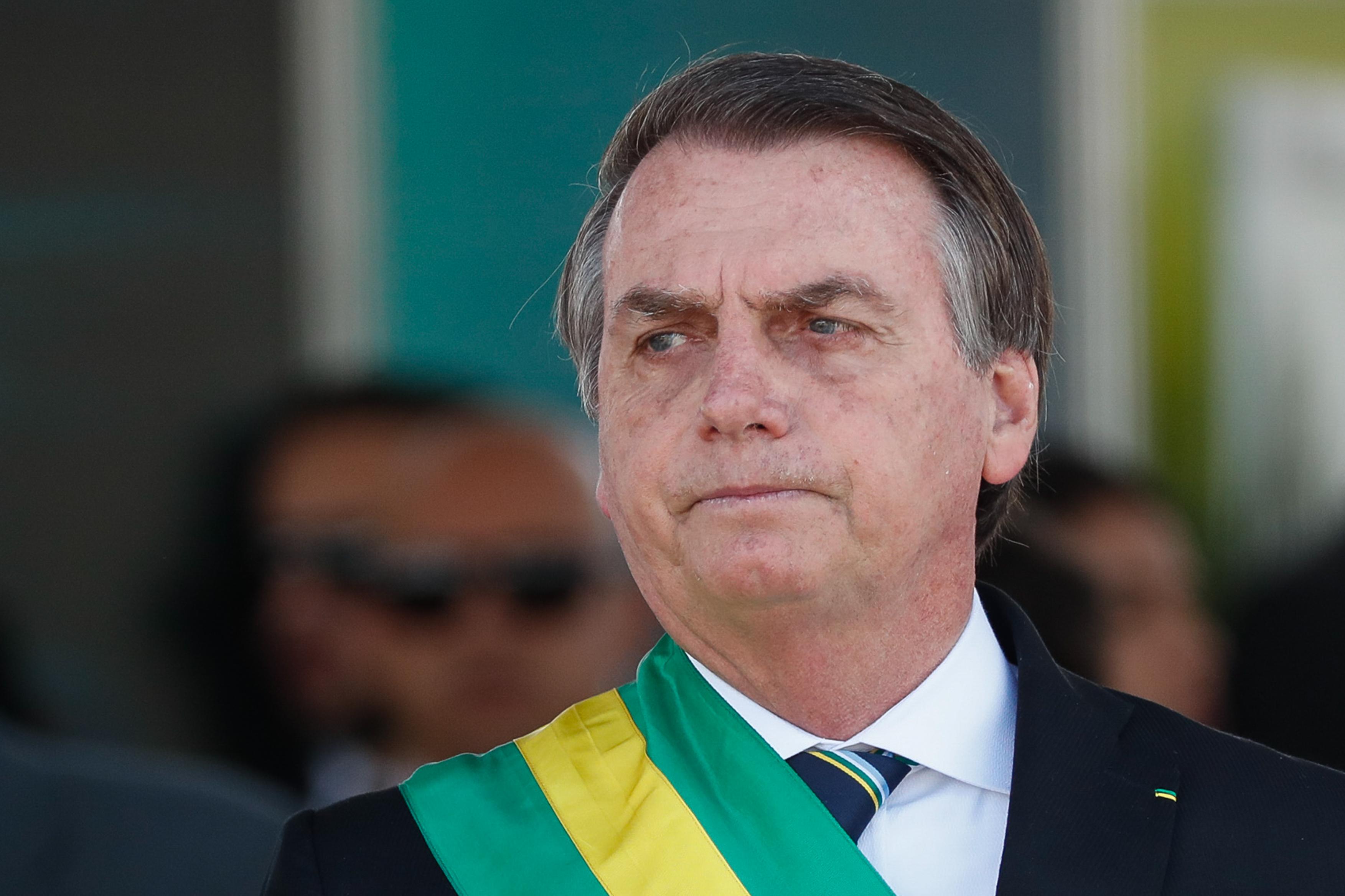 IMAGEM: Juiz extingue ação popular que pedia interdição de Bolsonaro