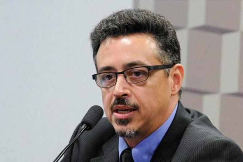 IMAGEM: Ex-ministro da Cultura também vira réu