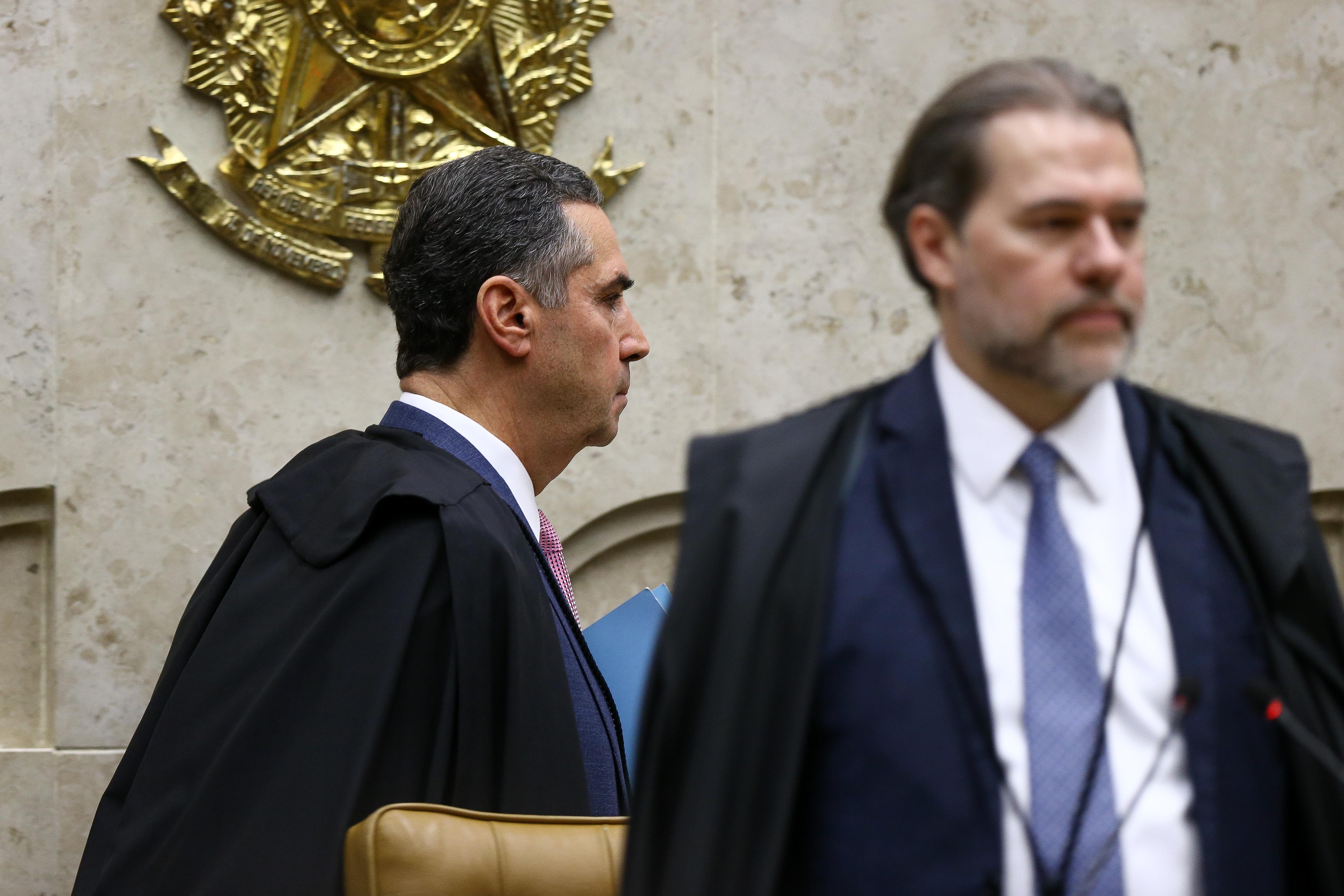 IMAGEM: Toffoli contra Barroso