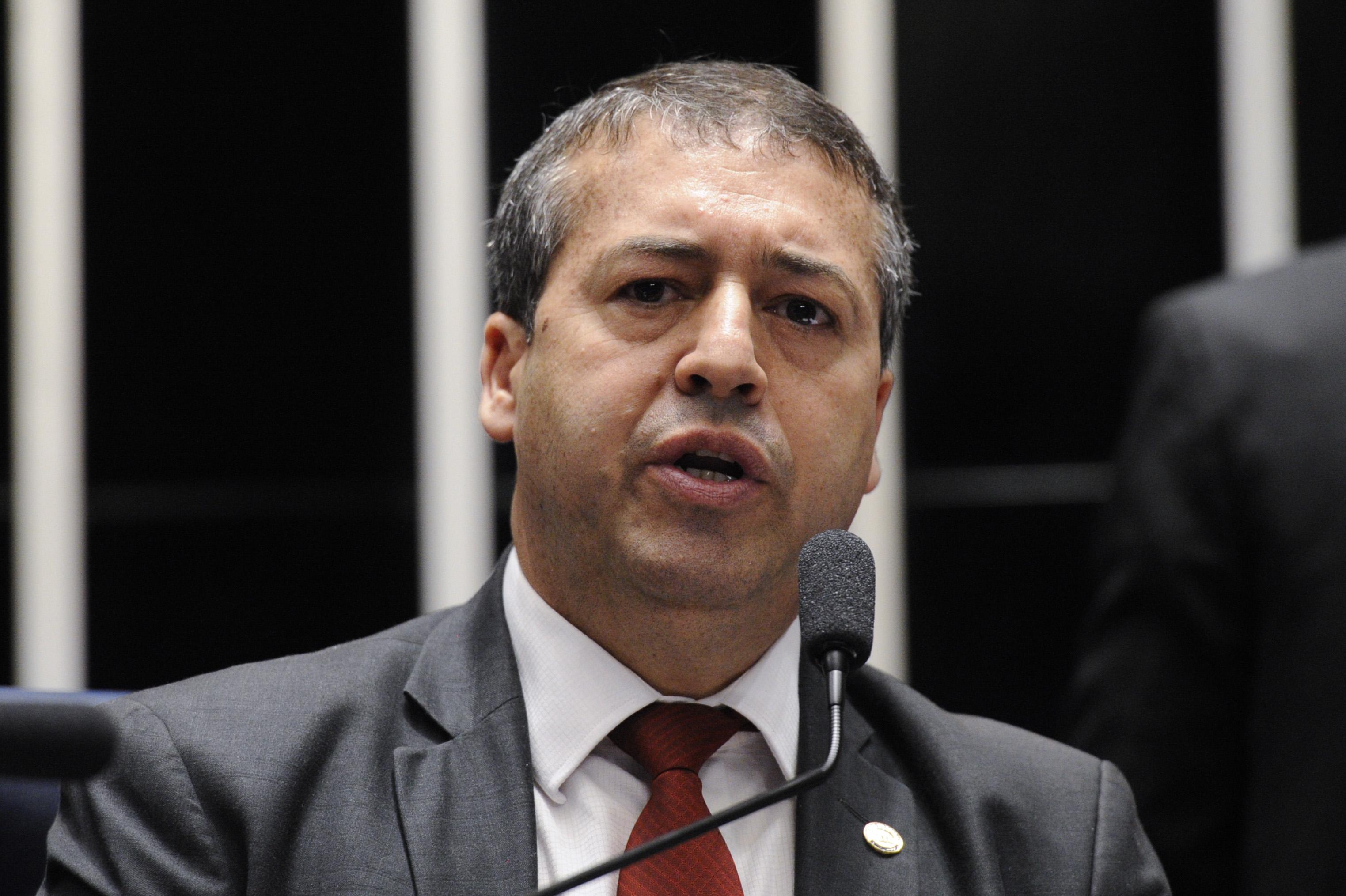 IMAGEM: Ex-ministro reage à punição e diz que Conselho 'nada mais é do que uma câmara de gás petista'