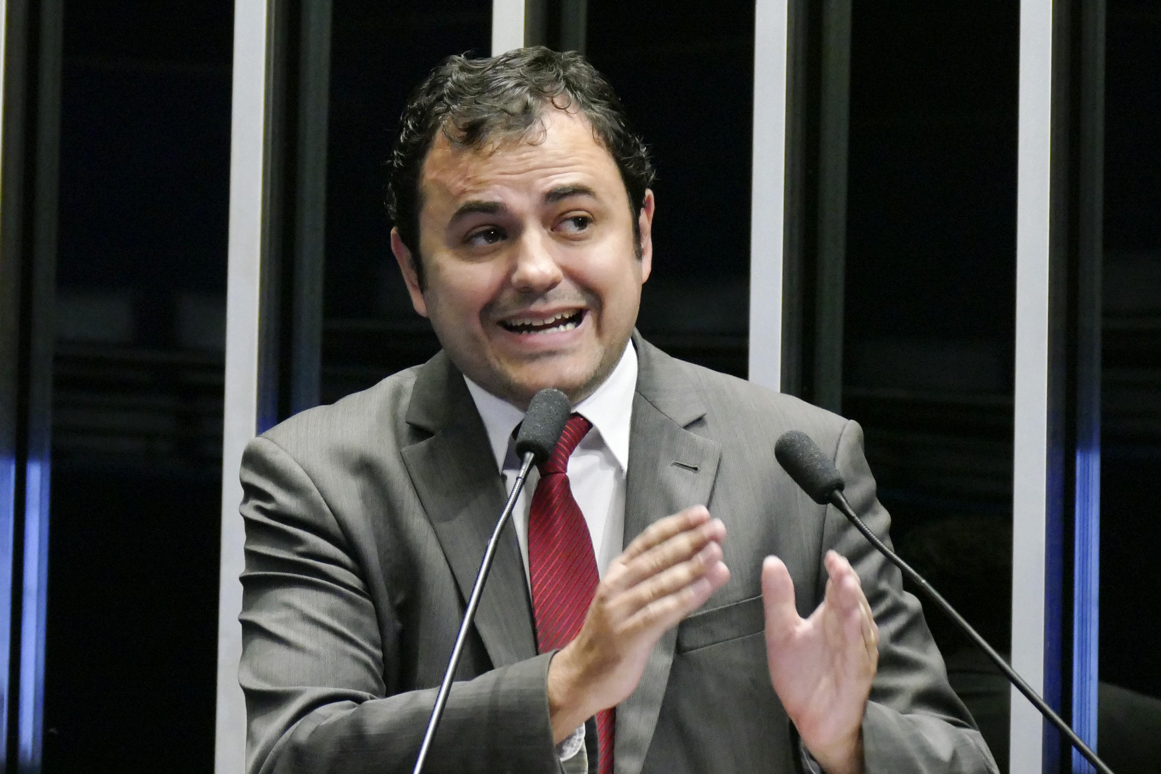 IMAGEM: Psolista que chamou Moro de 'ladrão' quer presidir o Brasil