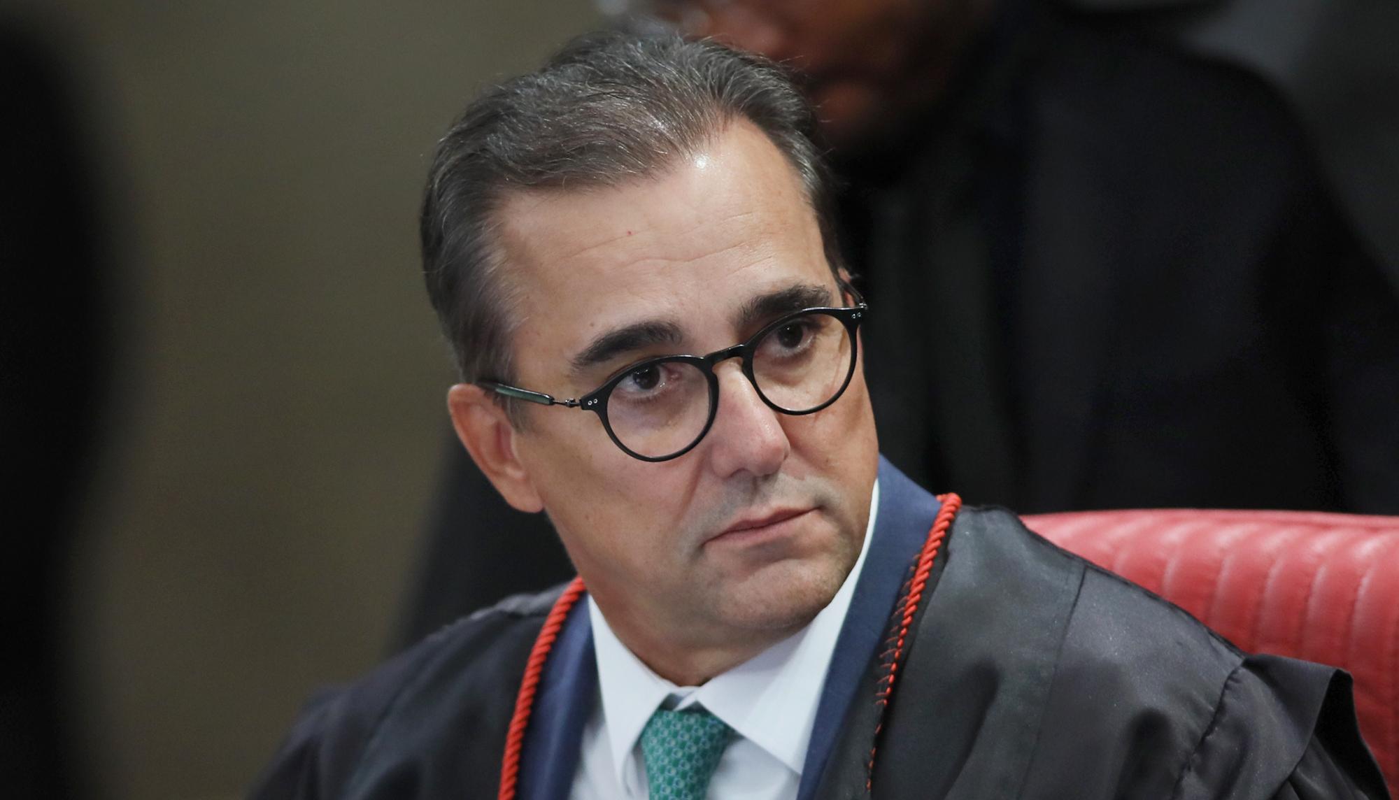 """IMAGEM: A tomada do Patriota e a """"roleta-russa"""" de Jair Bolsonaro"""