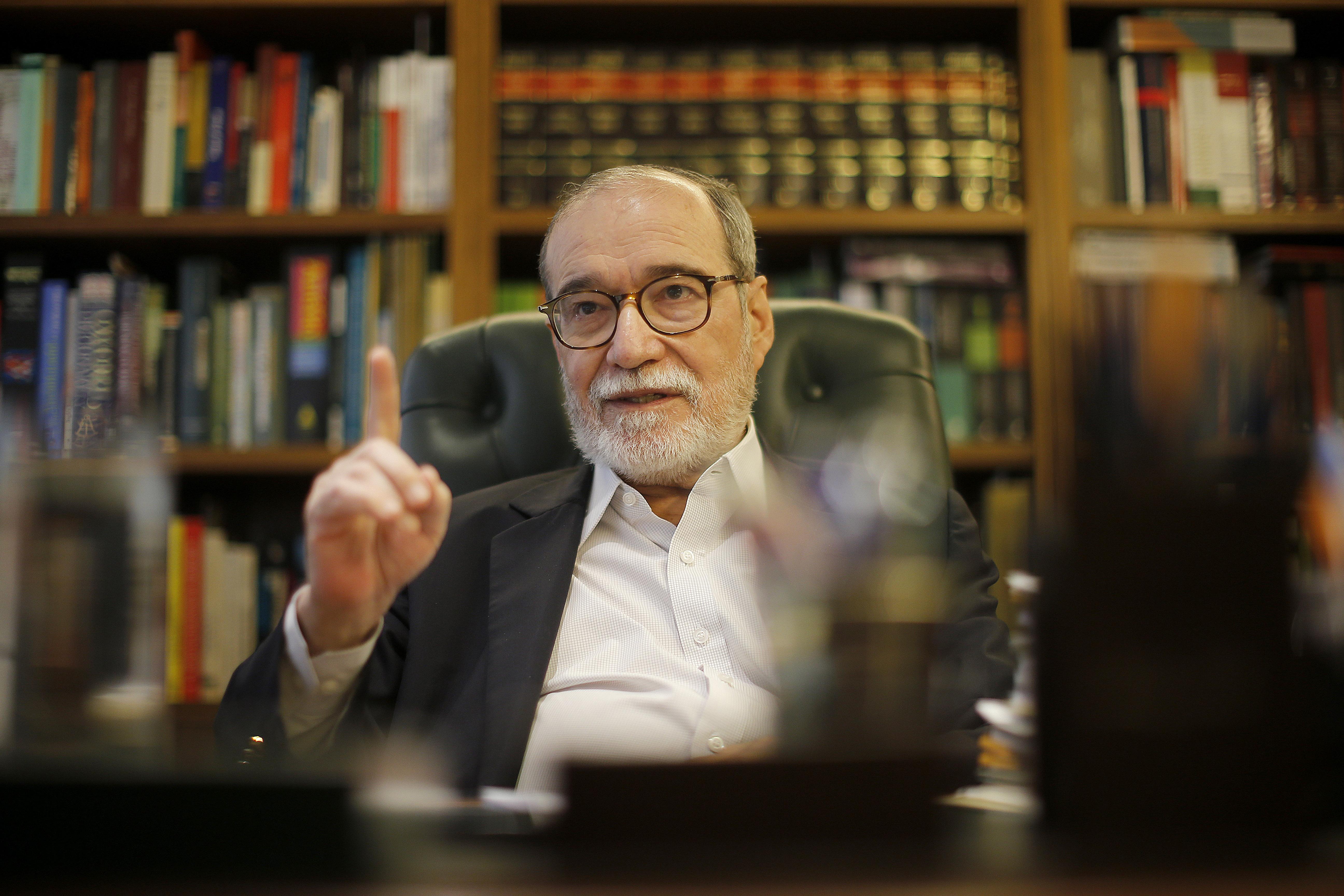 IMAGEM: Maciel diz que vedou acesso ilegal da Abin a dados da Receita