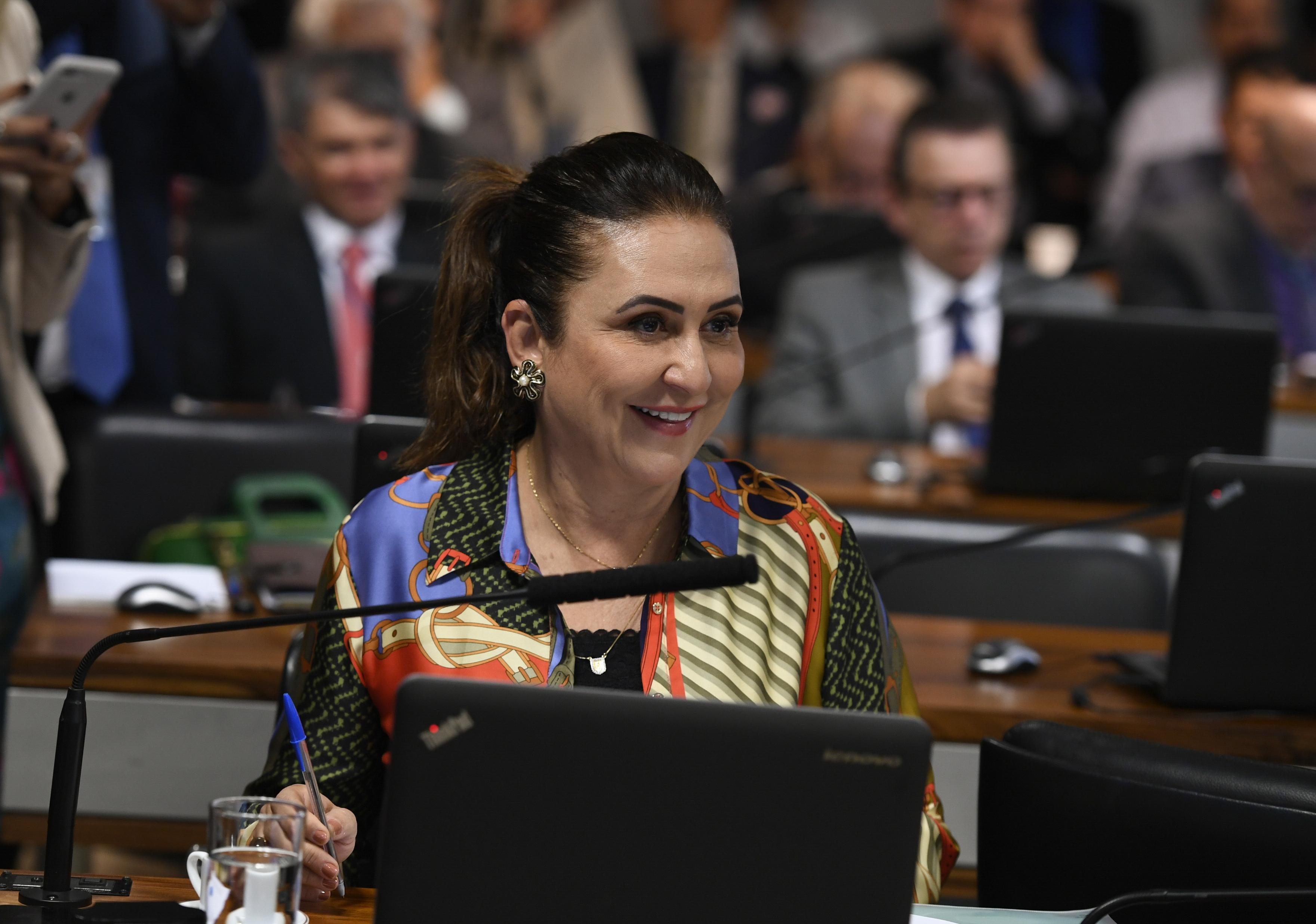 IMAGEM: Kátia Abreu votará com o partido