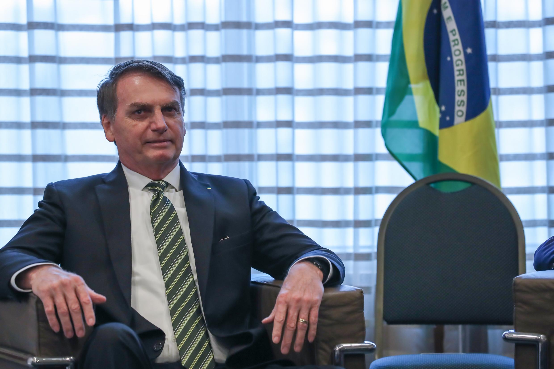 IMAGEM: Advogados de Bolsonaro marcam encontros com Patriota e PRB