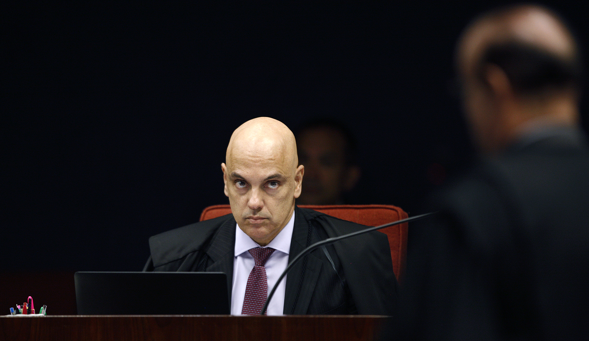 Moraes prorroga inquéritos das fake news e dos atos antidemocráticos
